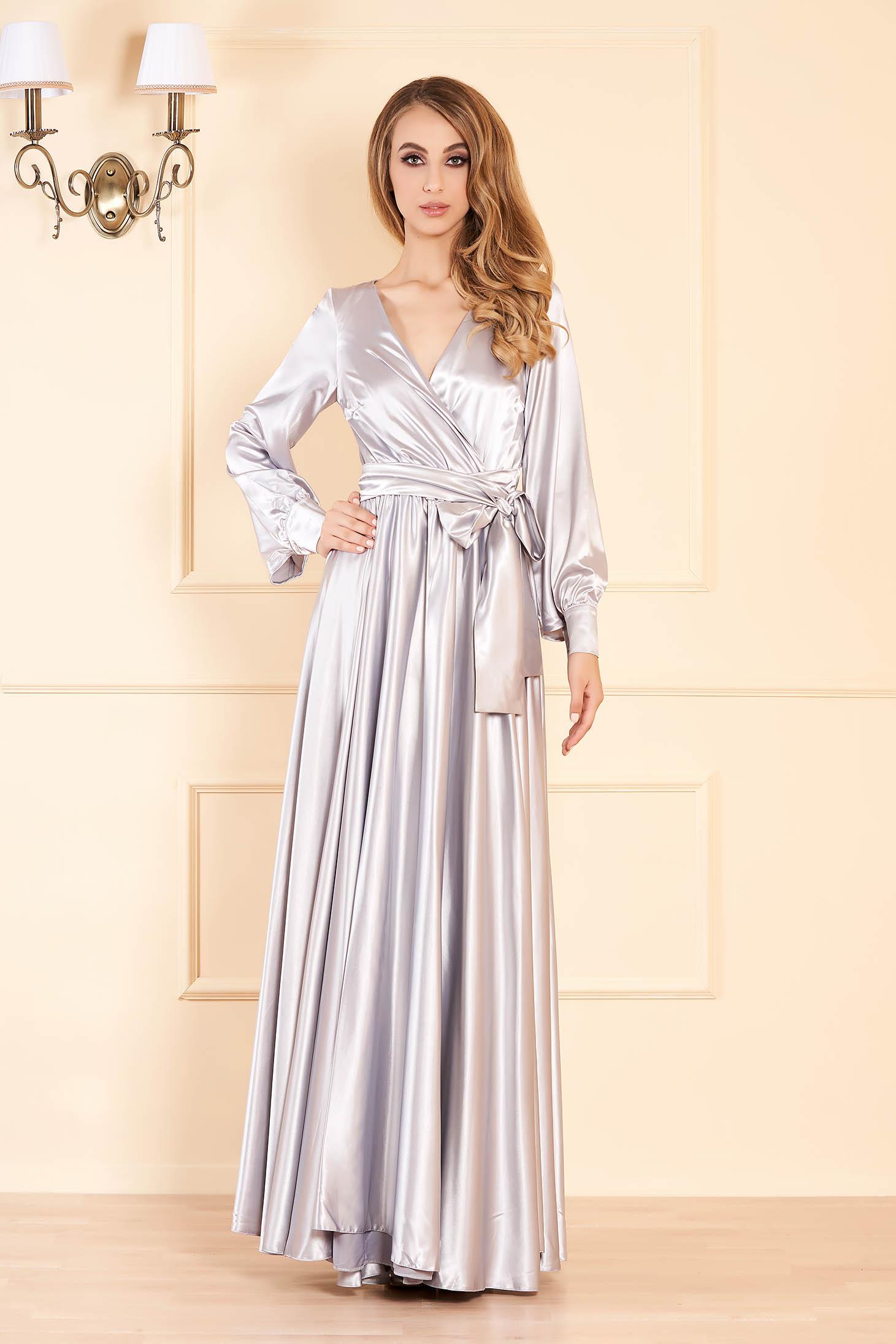 Szürke LaDonna alkalmi hosszú harang ruha elasztikus csípővel szatén anyagból
