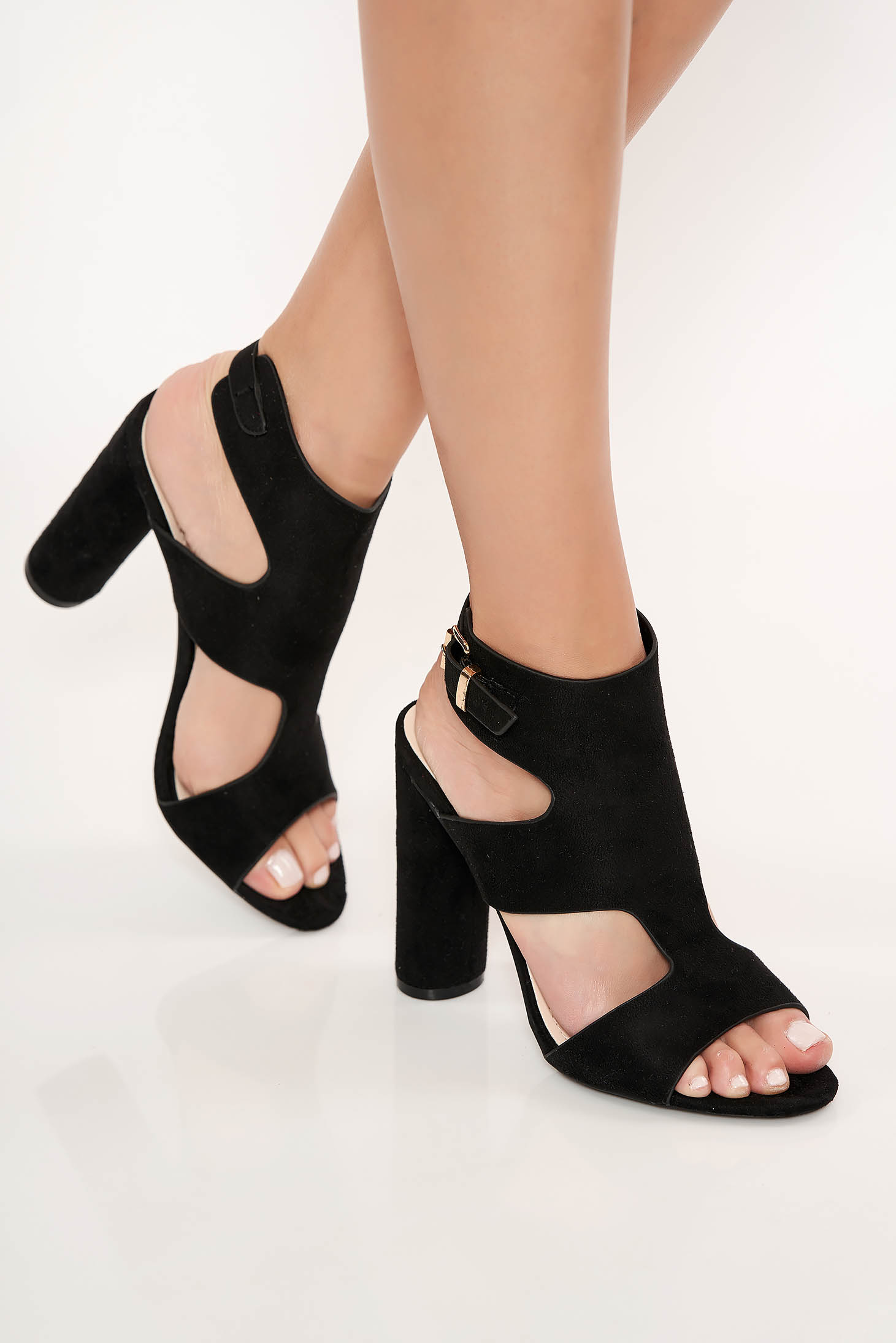 Black sandals from ecological leather with chunky heel