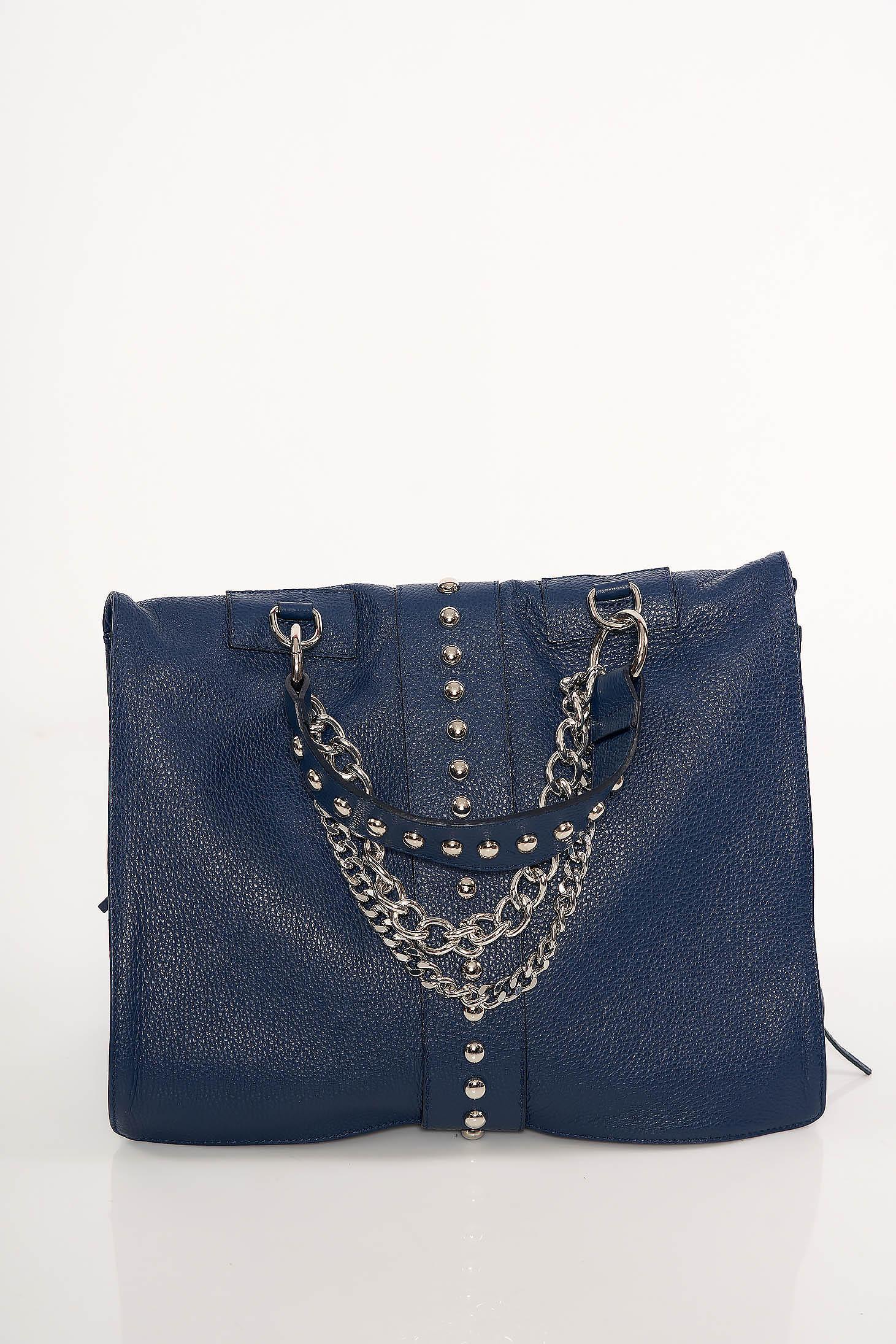 Sötétkék táska casual fémes szegecsekkel