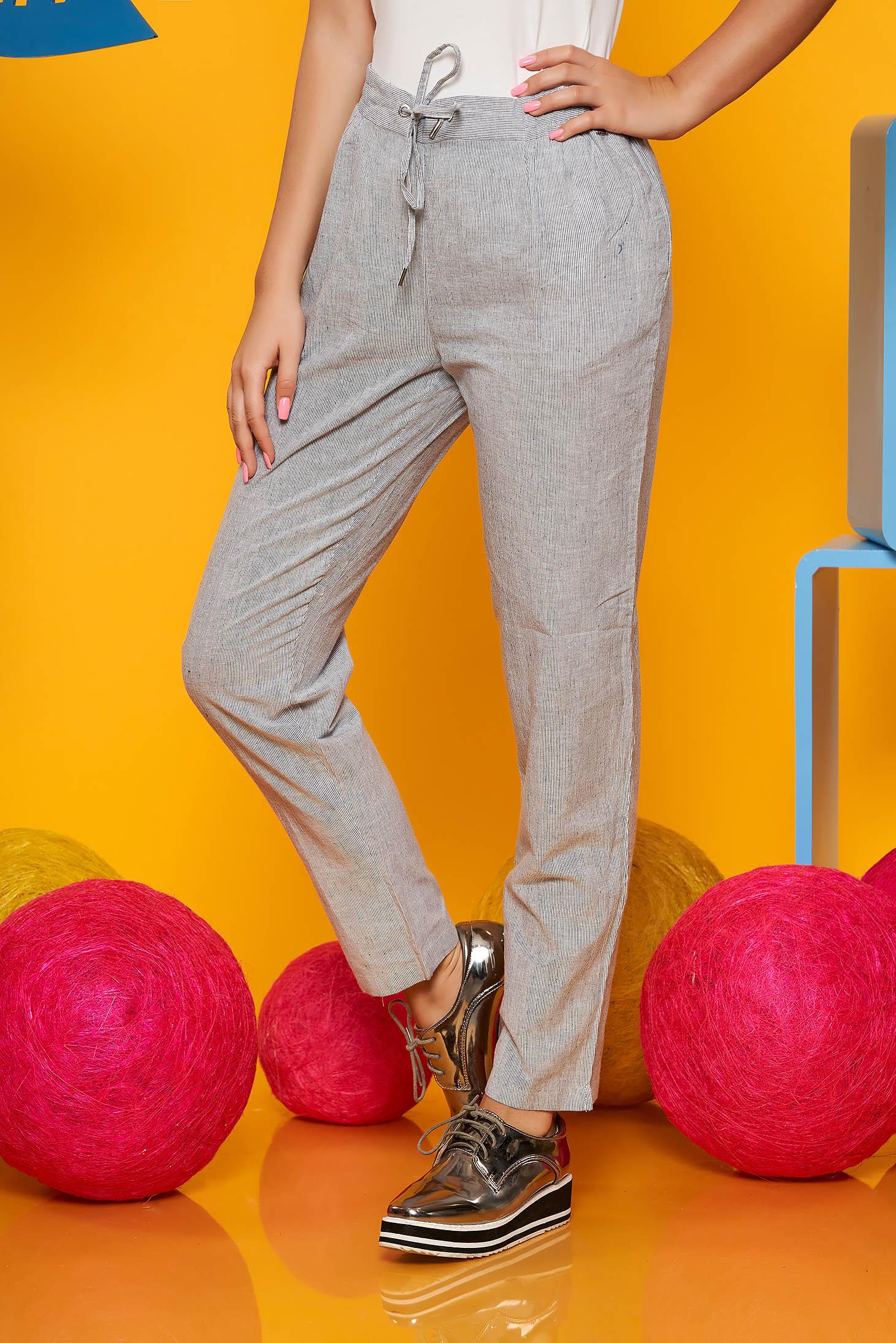 Pantaloni Top Secret albastri casual cu talie medie conici din bumbac cu buzunare