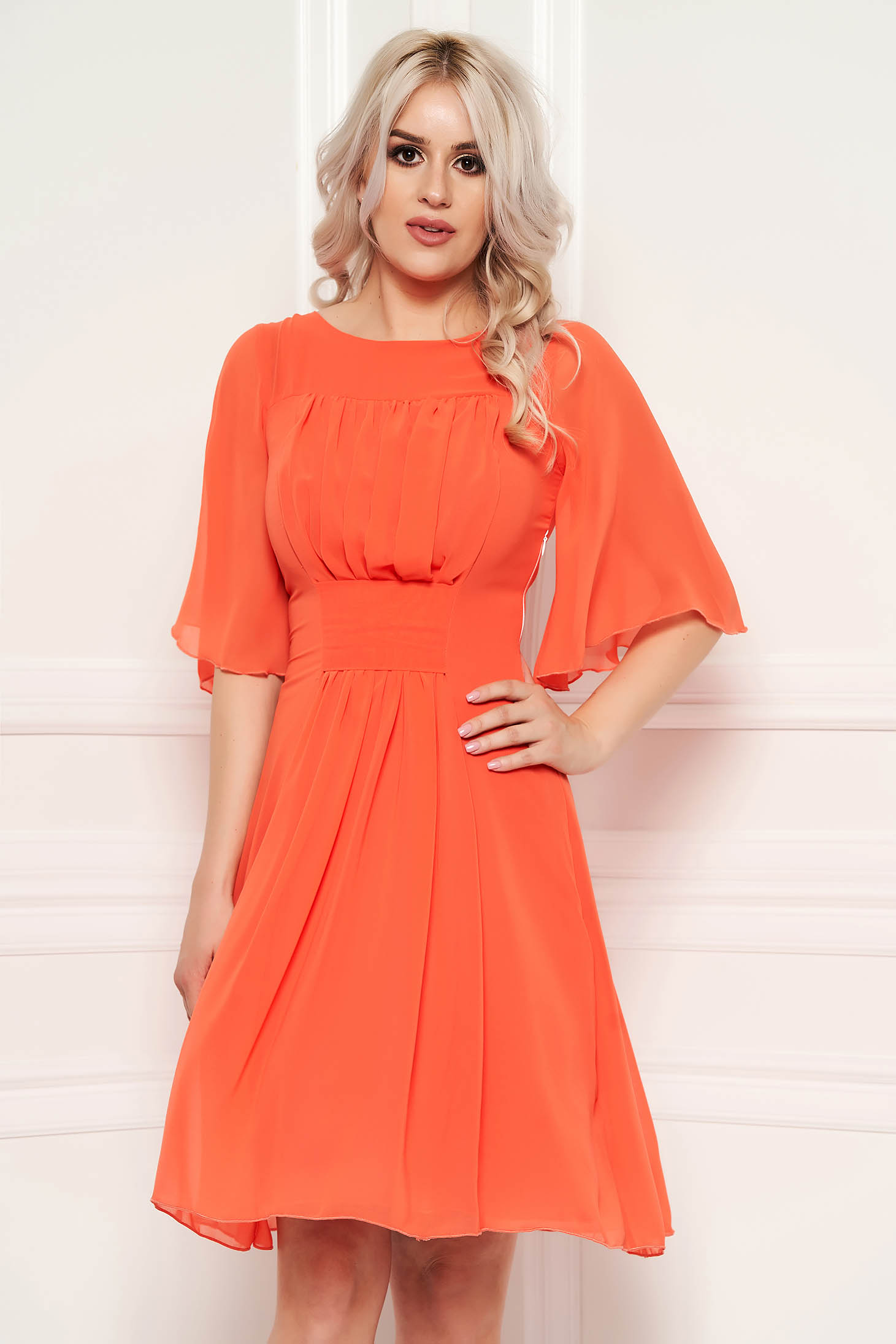 Narancs alkalmi harang ruha fátyol anyagból béléssel