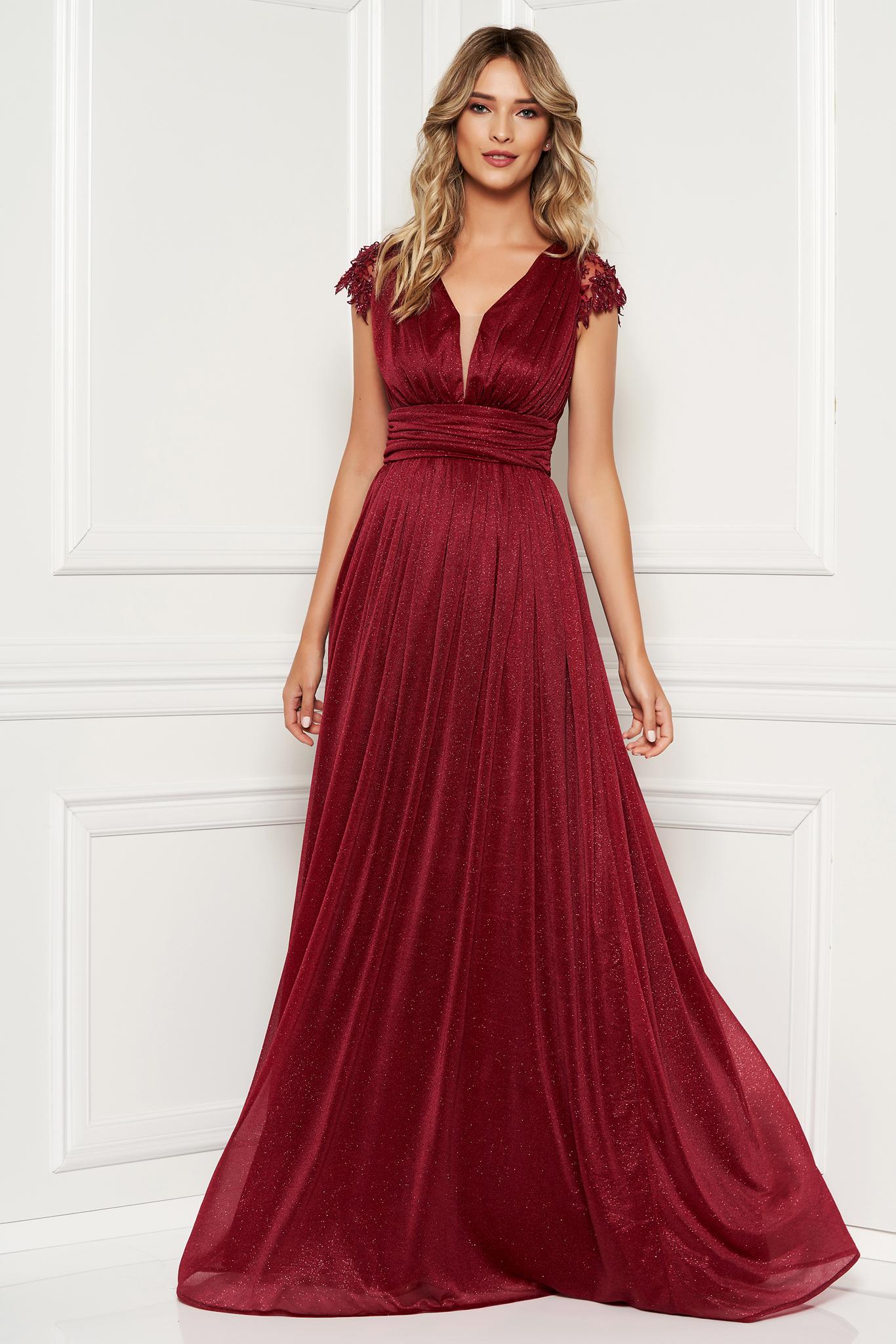 a97f6849db Burgundy alkalmi hosszú harang ruha csipke ujjal fényes anyagból