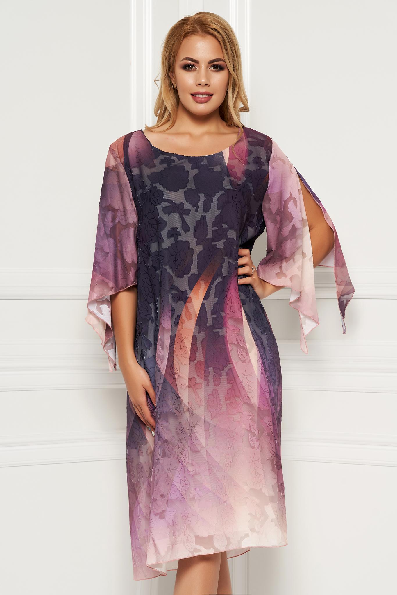 Rochie lila eleganta de zi cu un croi drept din material vaporos cu flori in relief si maneci decupate