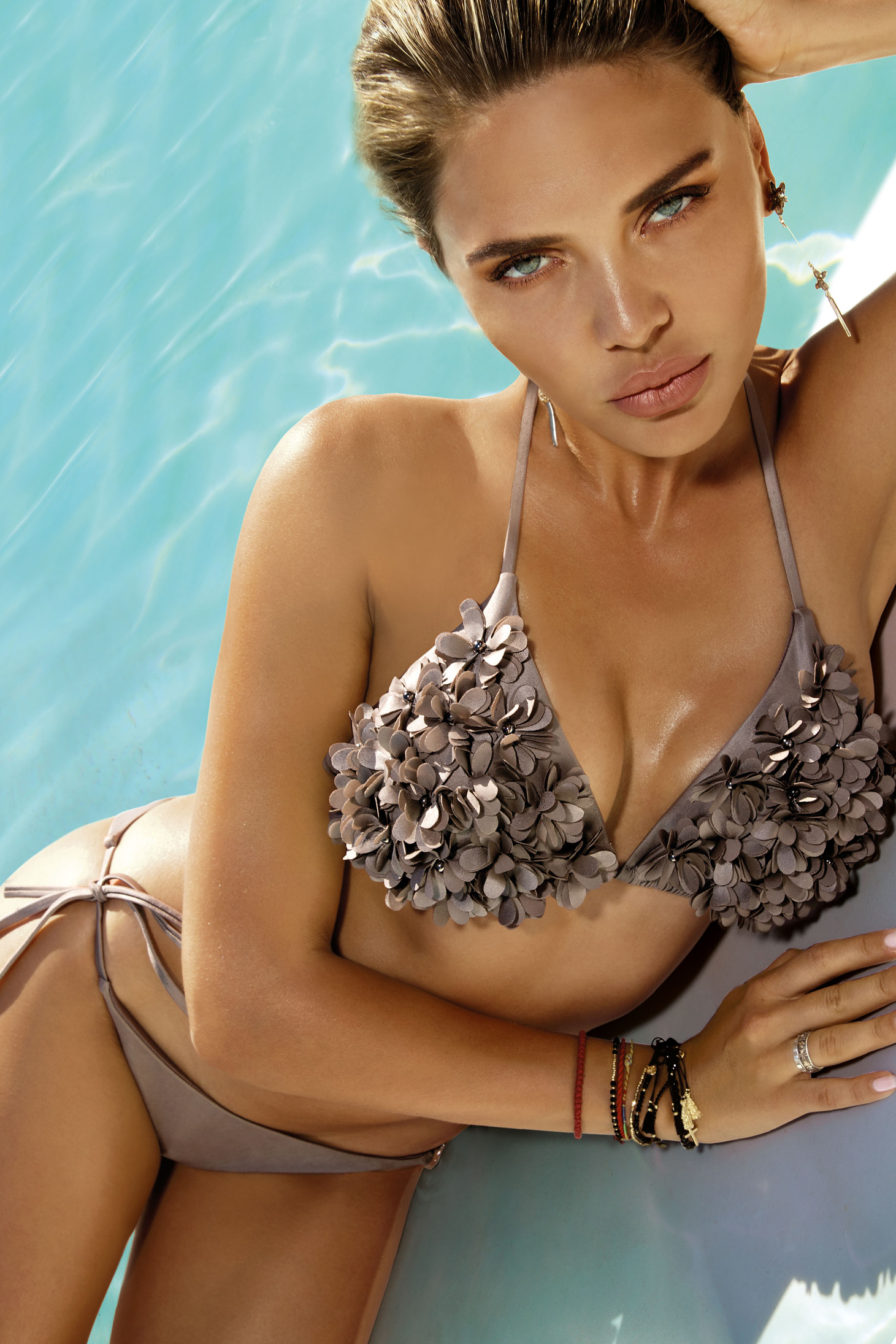 Brown swimsuit adjustable bikinis with raised flowers from two pieces triangle bra