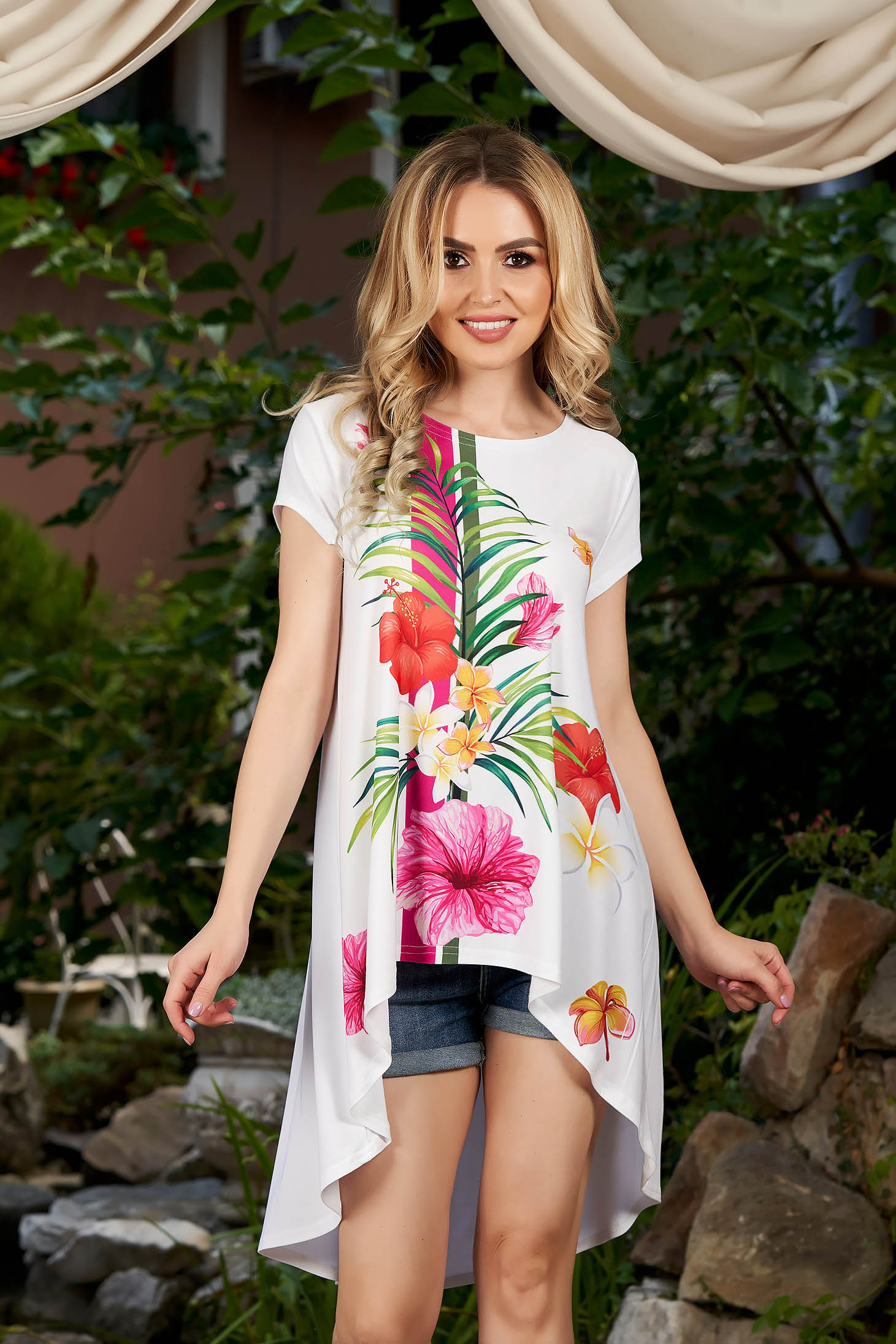 StarShinerS white women`s blouse casual flared asymmetrical with floral print short sleeves neckline
