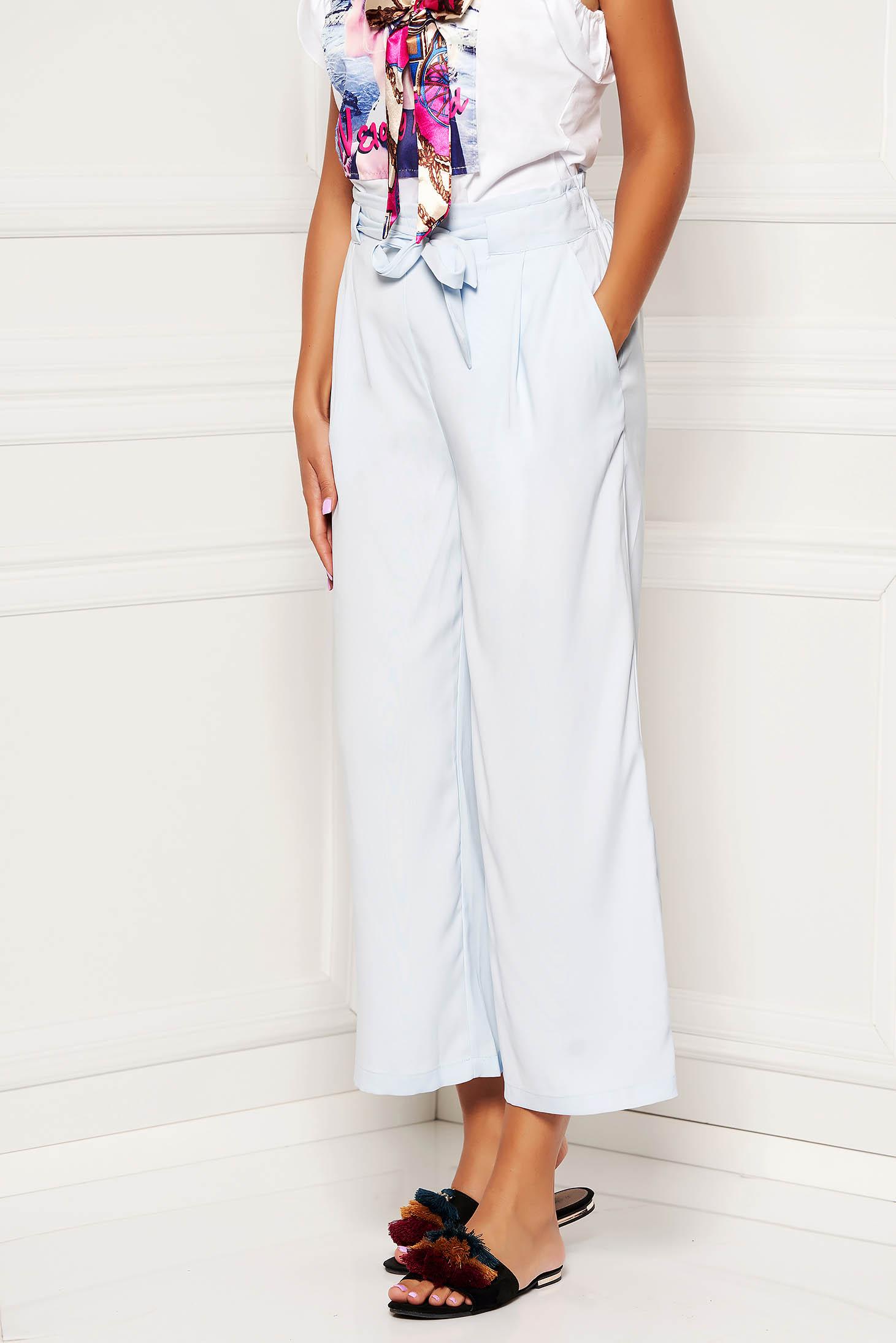 Pantaloni SunShine albastri deschis casual din material vaporos cu talie inalta cu buzunare accesorizati cu cordon