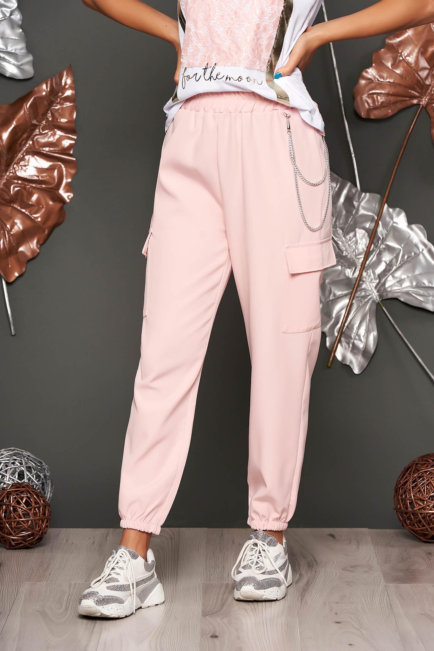 Pantaloni SunShine roz deschis casual cu talie inalta buzunare laterale si accesoriu inclus