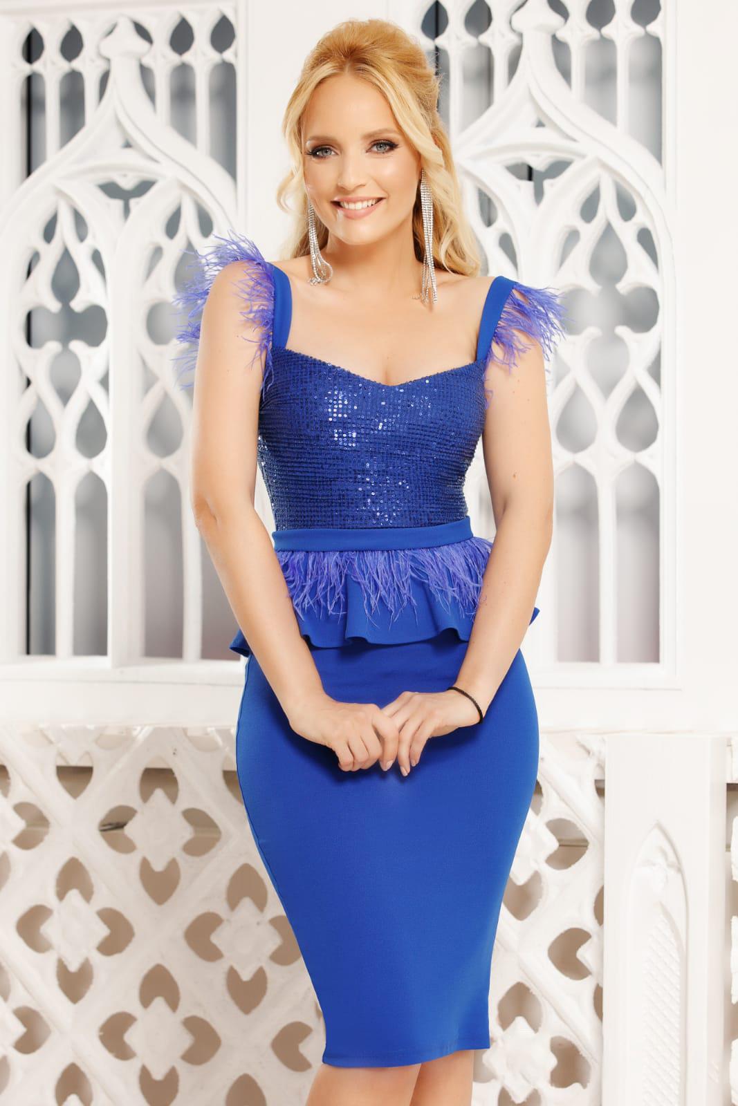 Rochie Fofy albastra eleganta de ocazie midi tip creion cu peplum cu decolteu adanc cu bretele