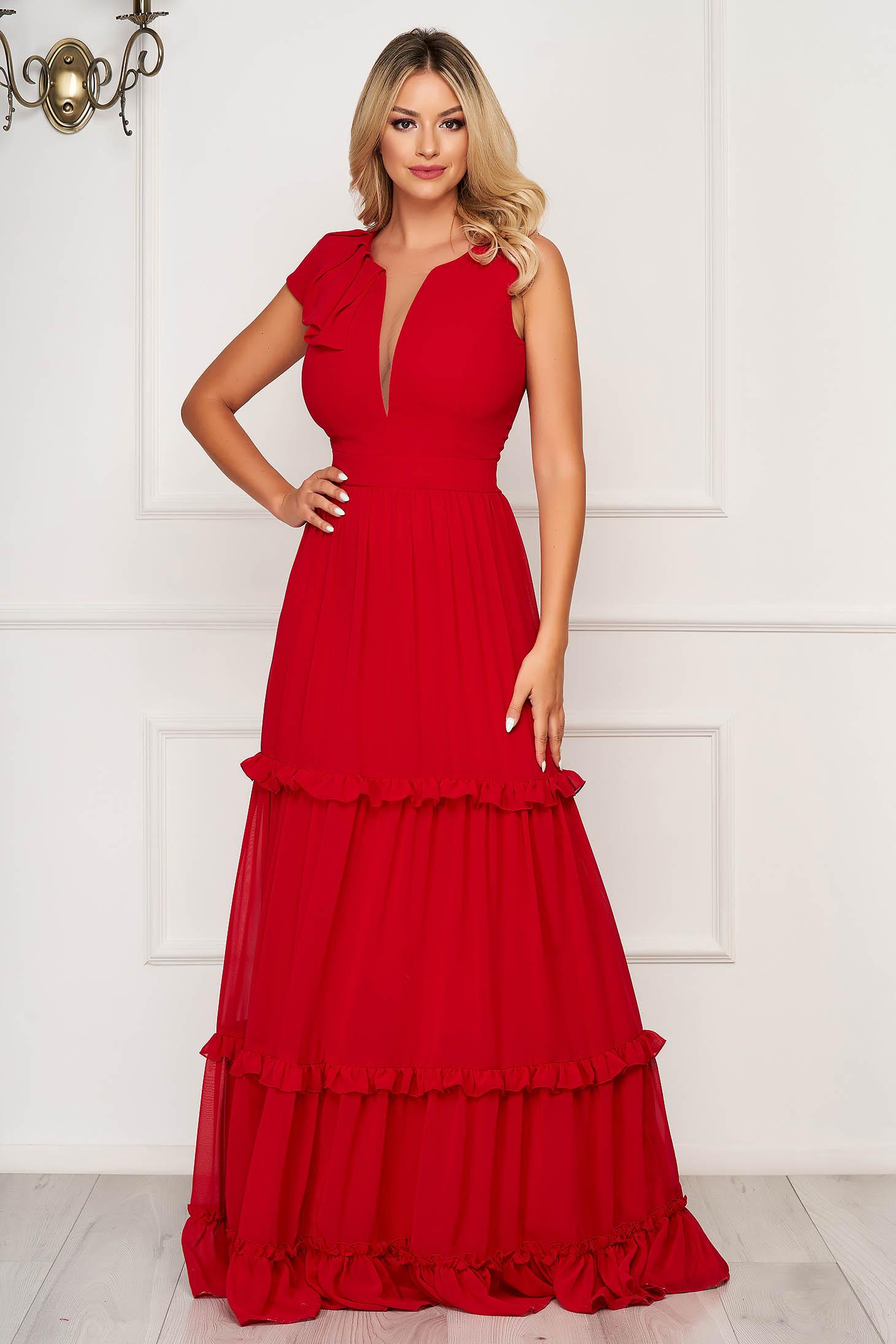 Piros fodros ruha v-dekoltázzsal muszlinból