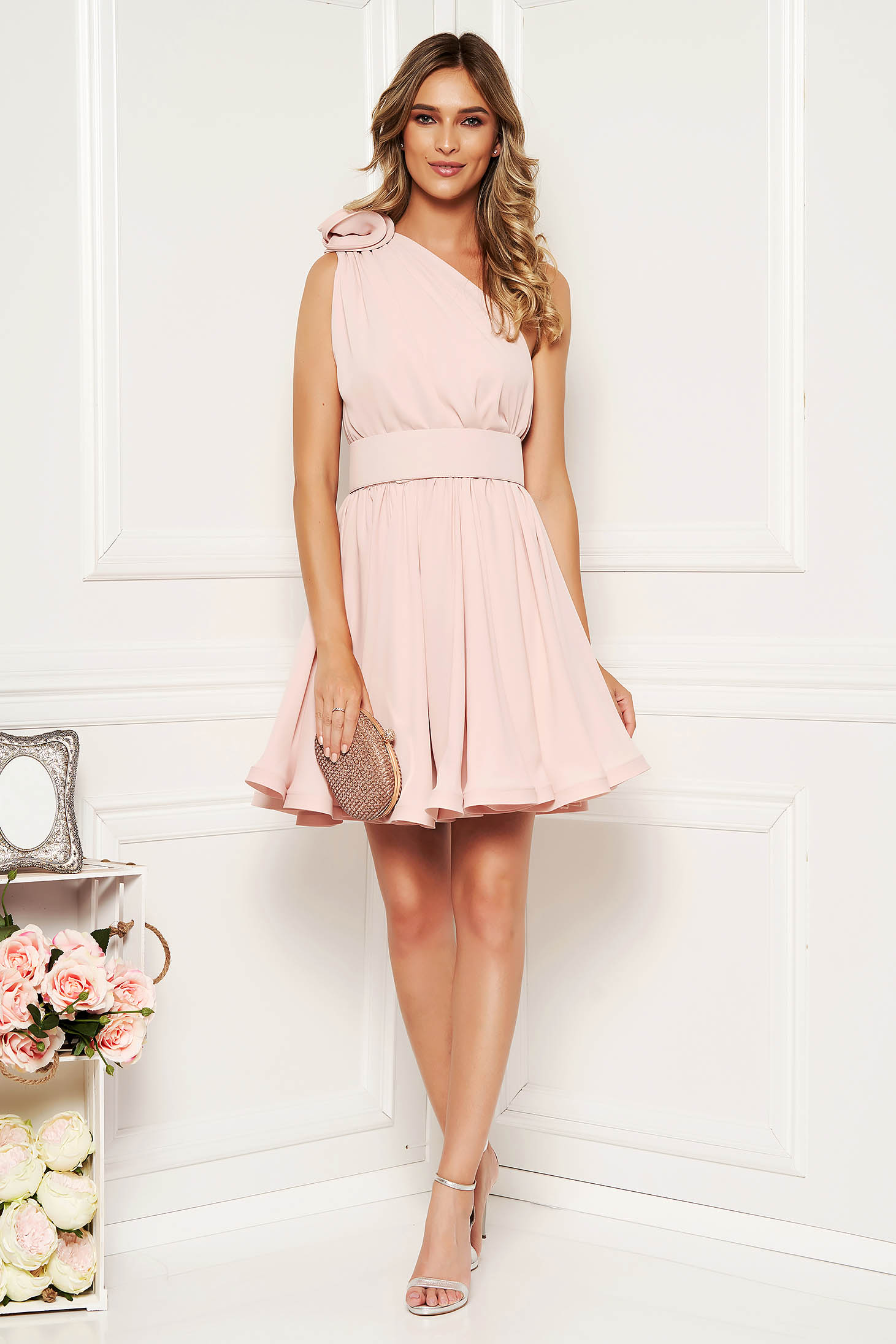 Ana Radu luxurious cream dress from veil fabric with inside lining cloche accessorized with tied waistband one shoulder
