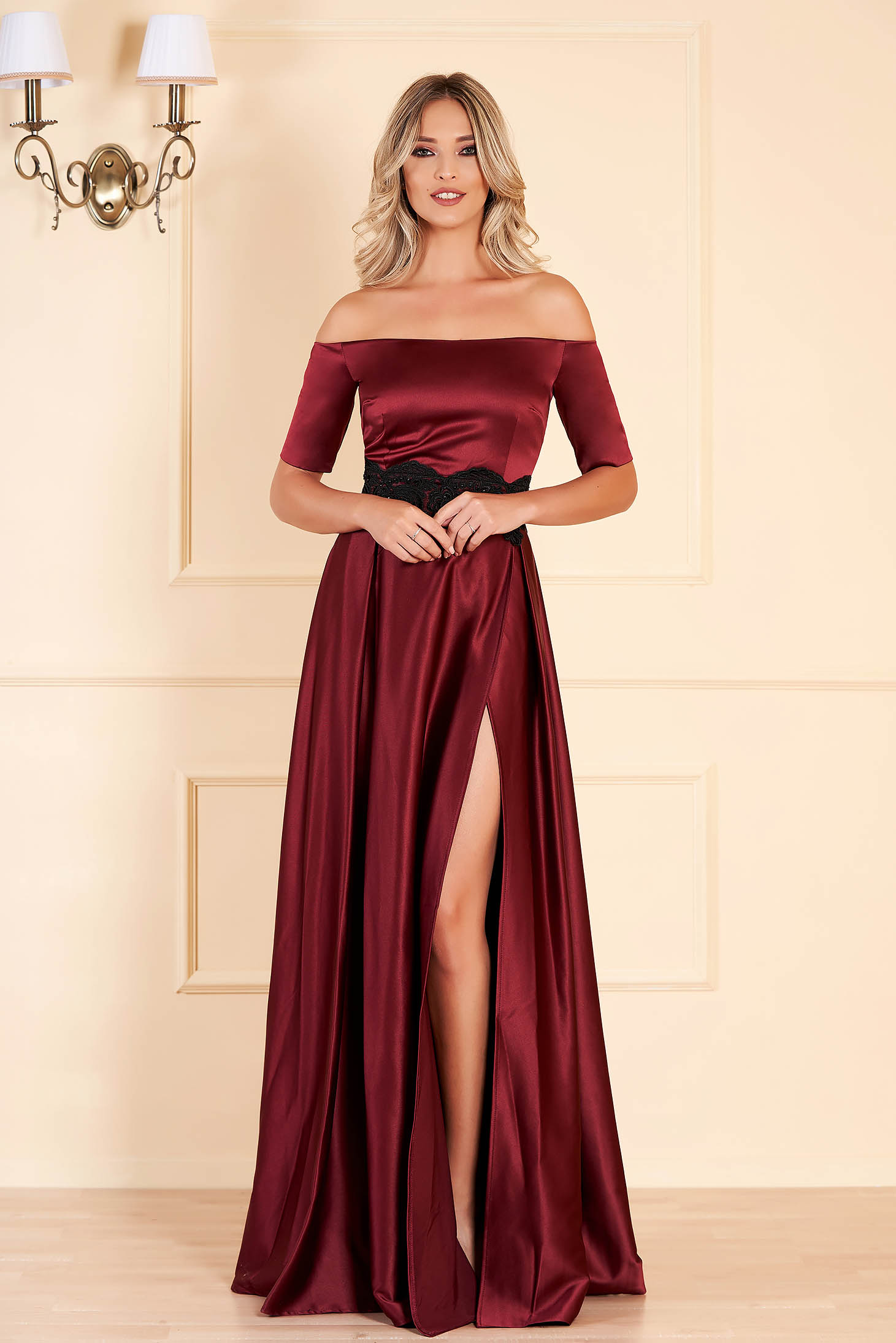 Burgundy dress naked shoulders elegant evening dresses cloche from satin long