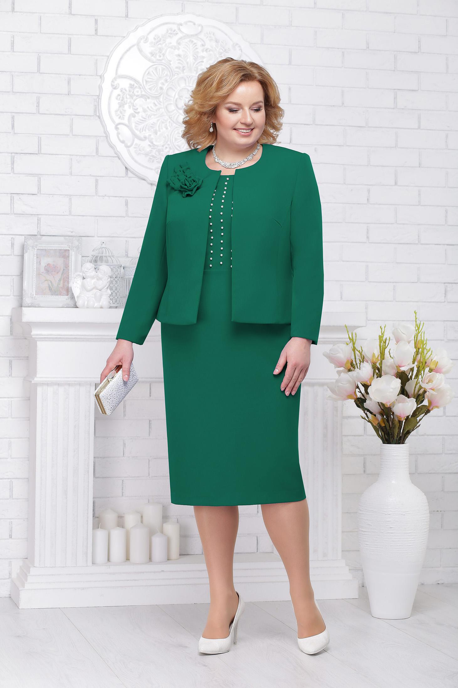 Zöld elegáns női kosztüm szövettel gyöngy díszítéssel