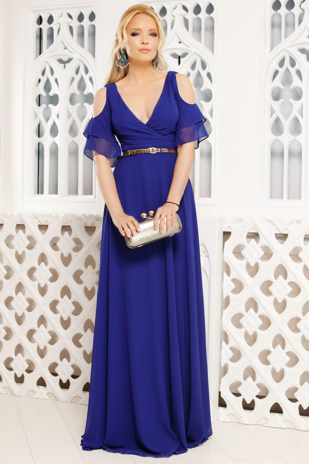 Kék alkalmi hosszú harang ruha v-dekoltázzsal kivágott vállrésszel muszlinból