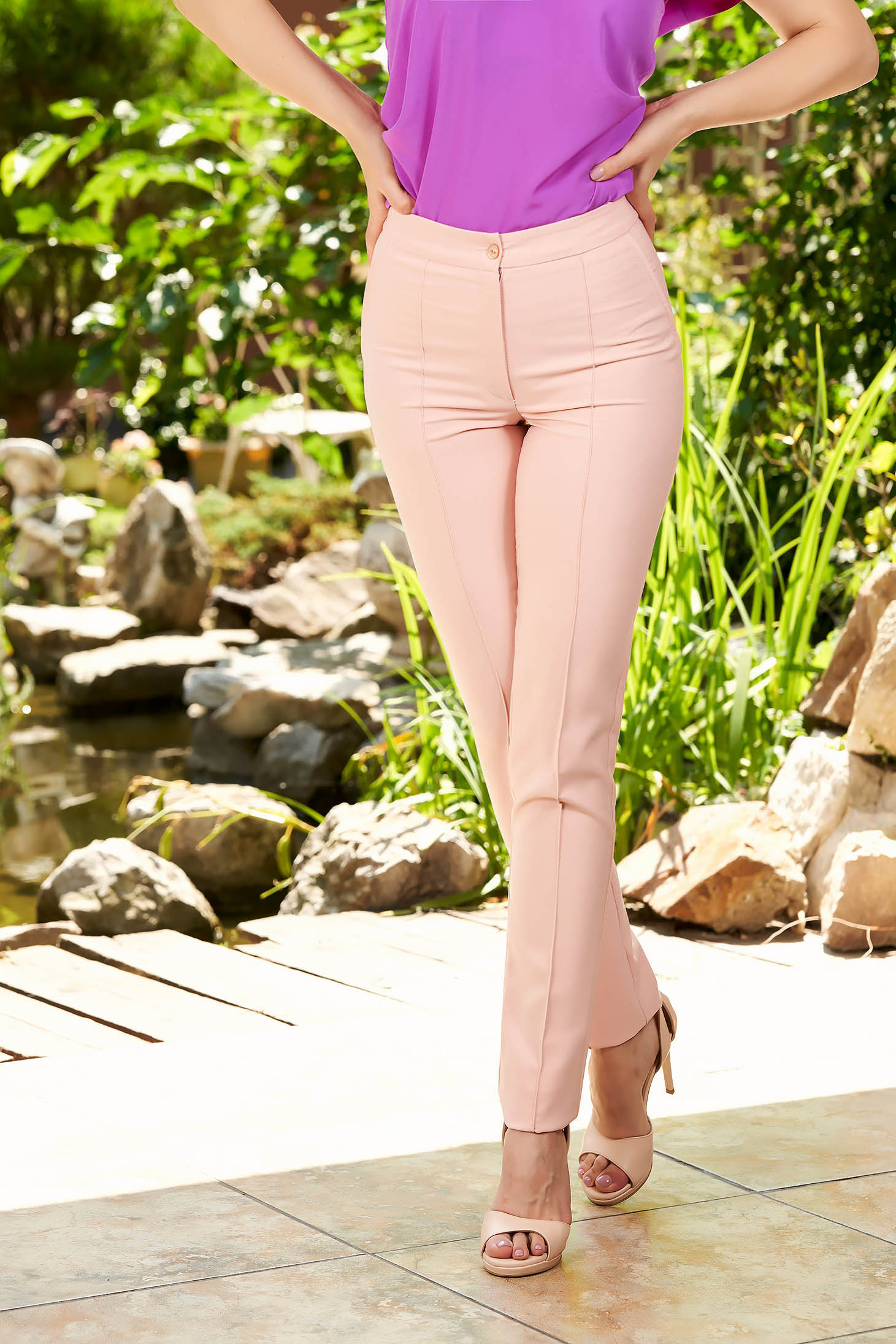 Lightpink trousers office with medium waist conical slightly elastic fabric with faux pockets