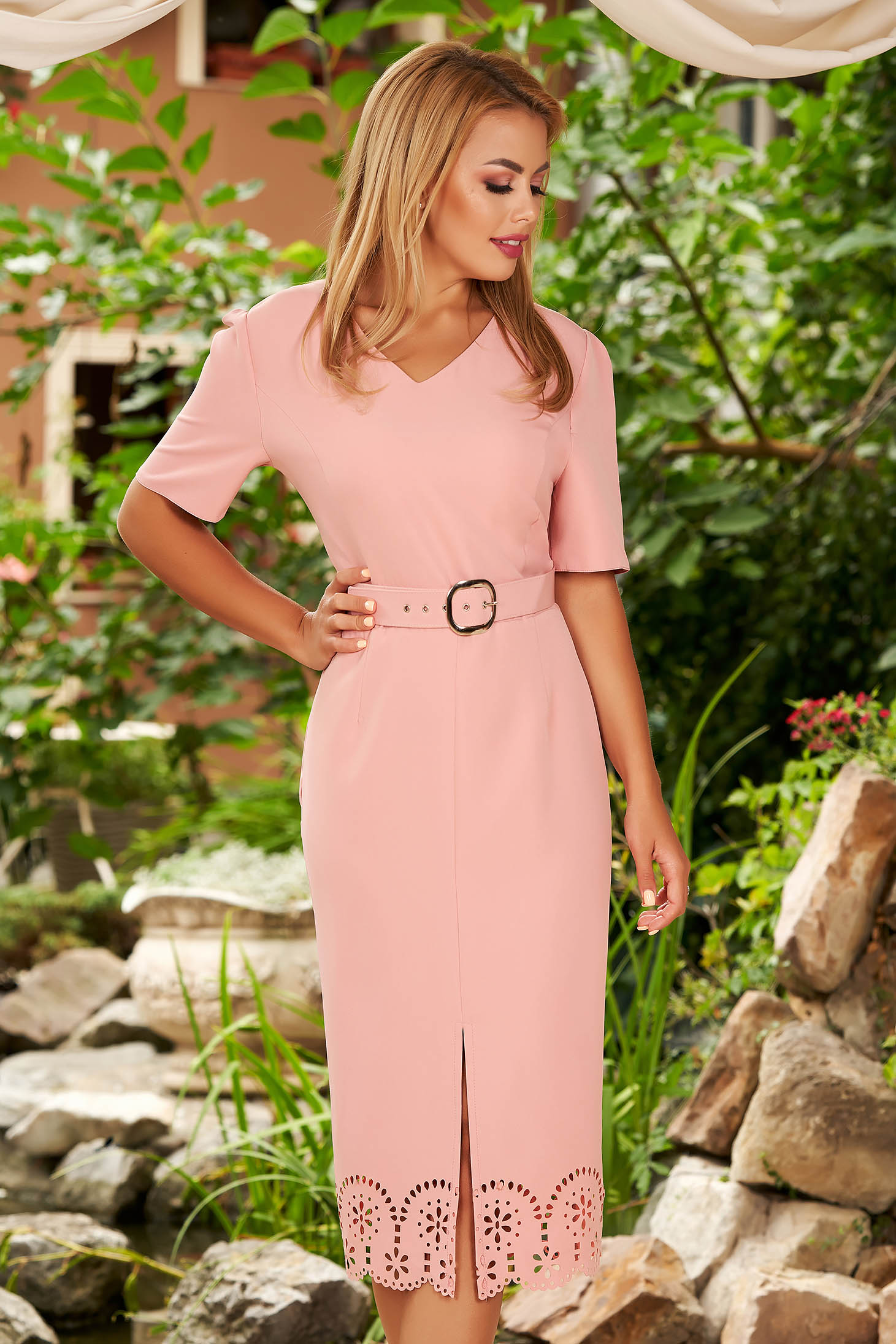Lightpink dress elegant daily midi pencil with v-neckline with cut out material accessorized with belt