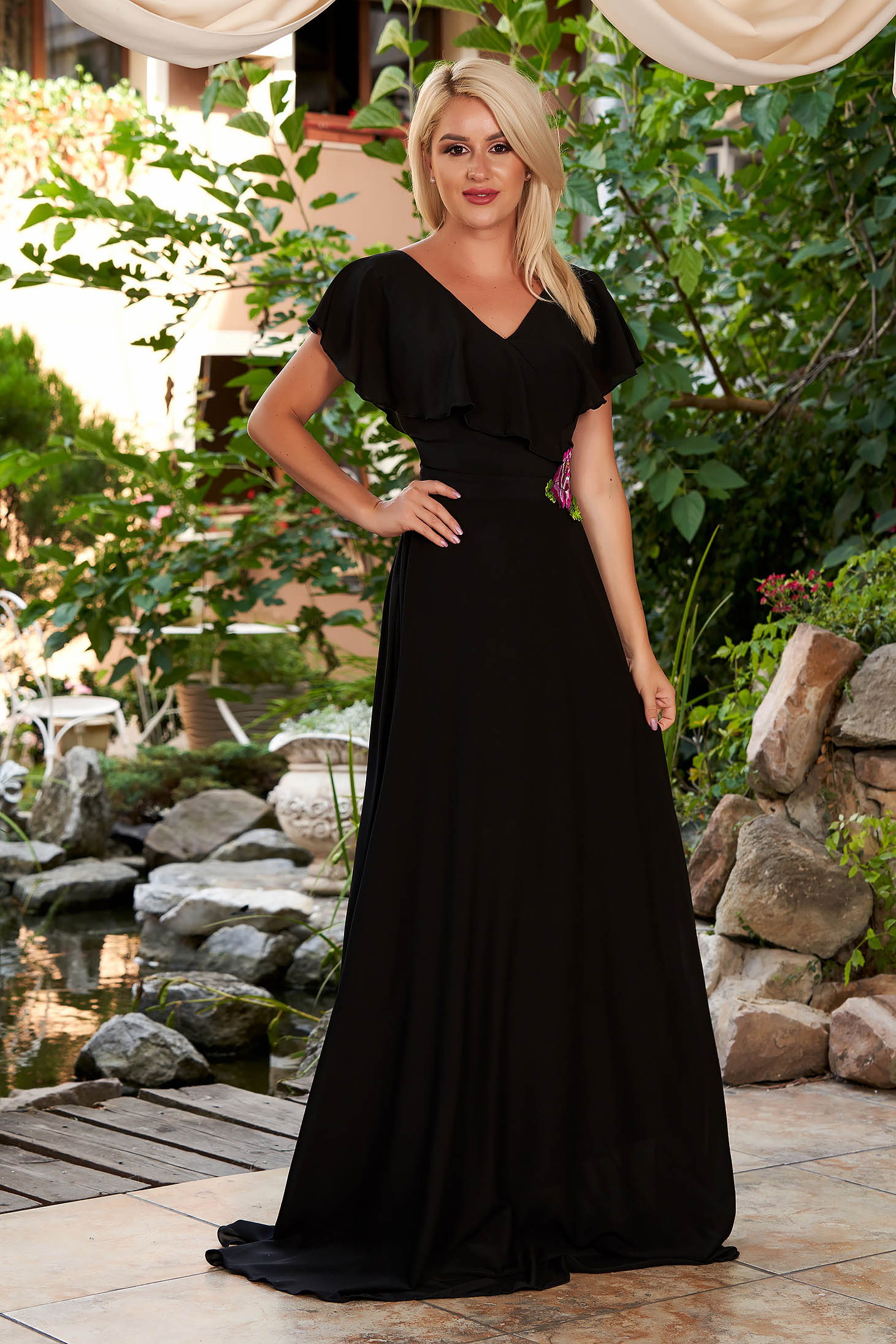 StarShinerS black dress occasional long from veil fabric with deep cleavage frilly trim around cleavage line