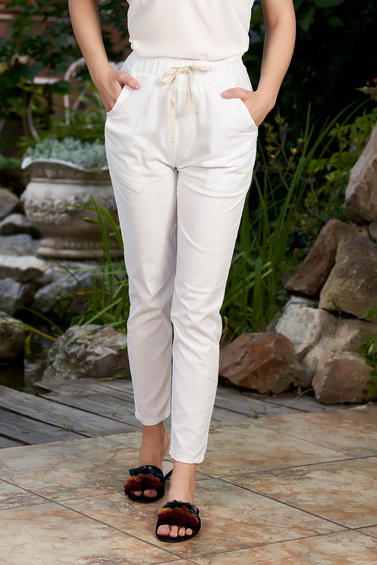Pantaloni SunShine albi casual din bumbac cu un croi drept cu talie medie si elastic