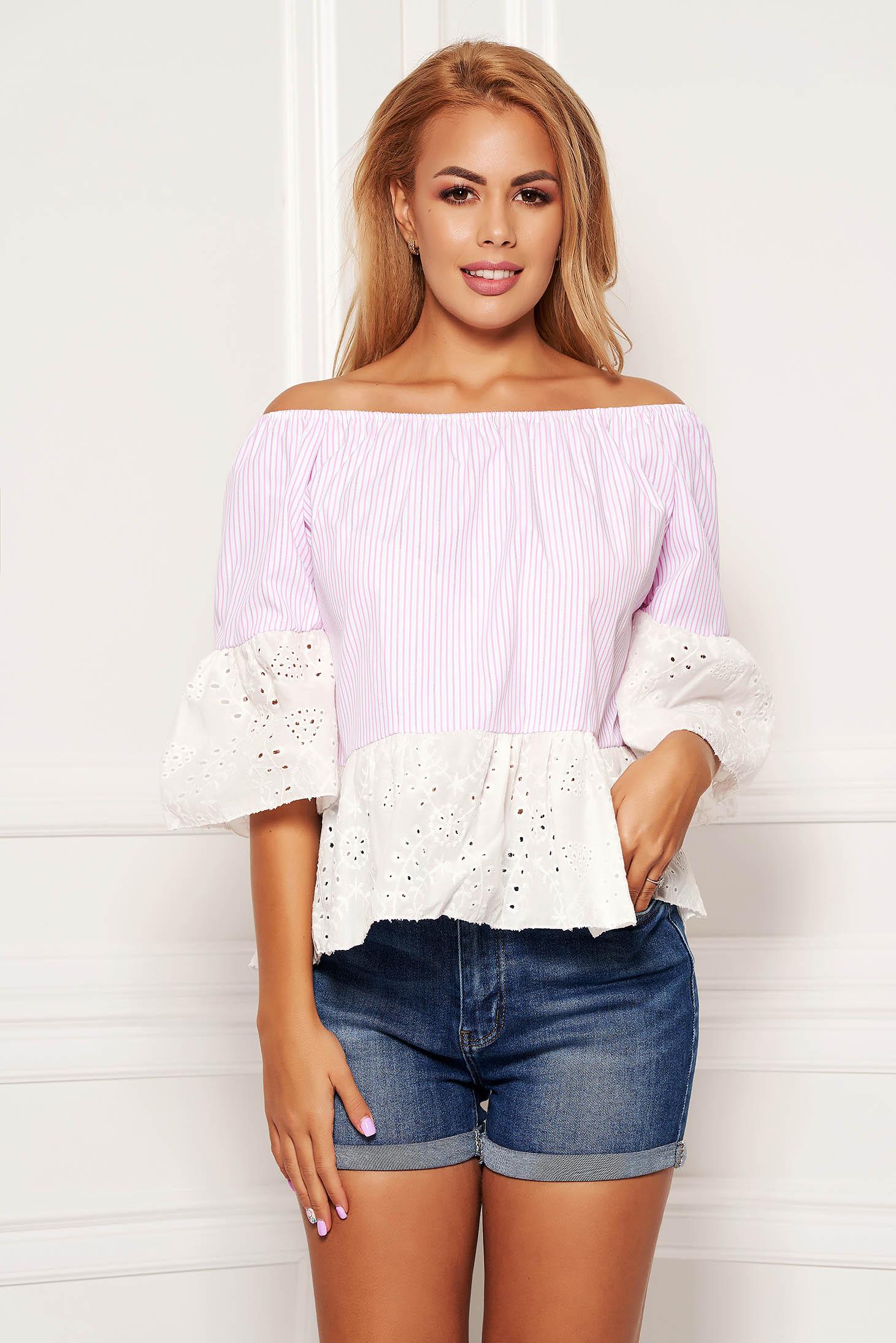 Bluza dama SunShine roz deschis casual scurta din bumbac cu maneci clopot cu dungi si elastic la nivelul decolteului