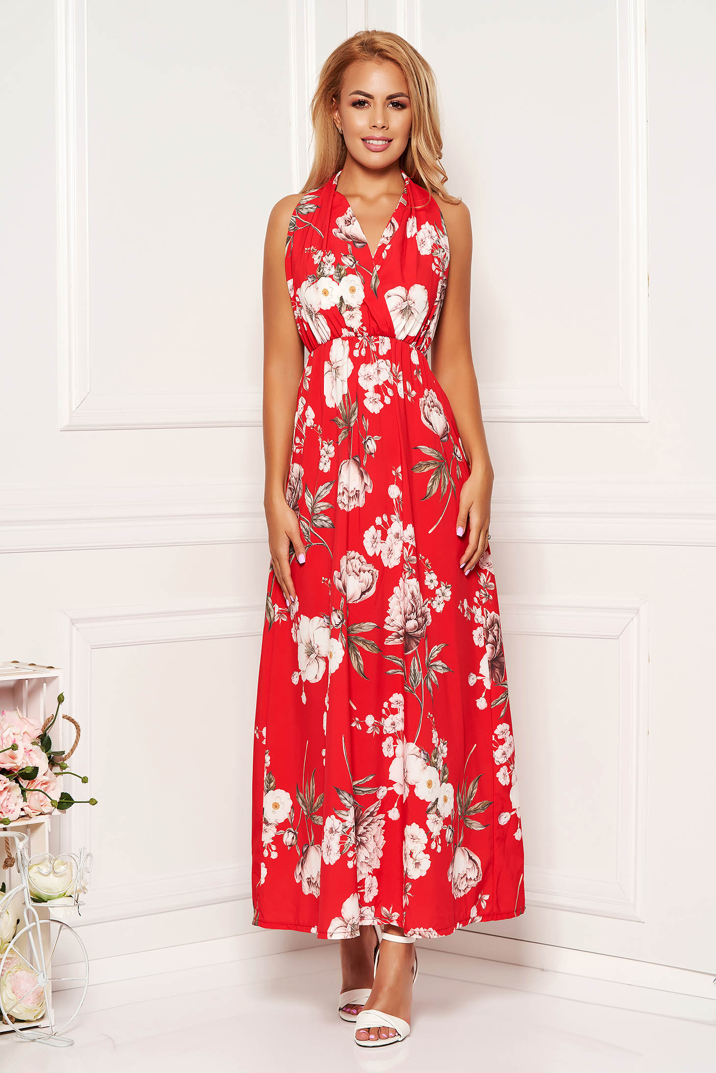 Red dress daily cloche sleeveless with elastic waist bare back with floral print