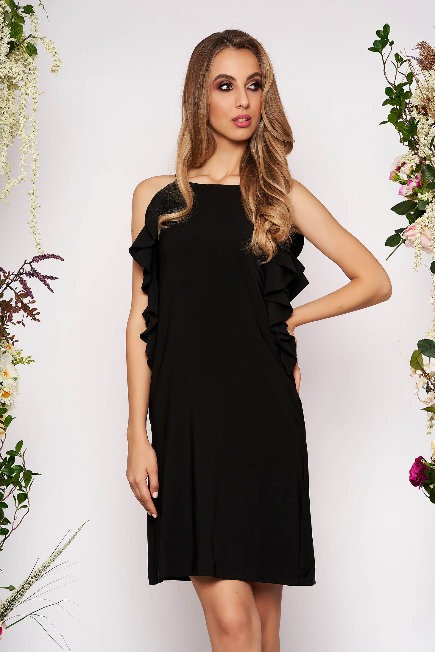 Black dress daily short cut a-line with pockets with ruffle details with rounded cleavage