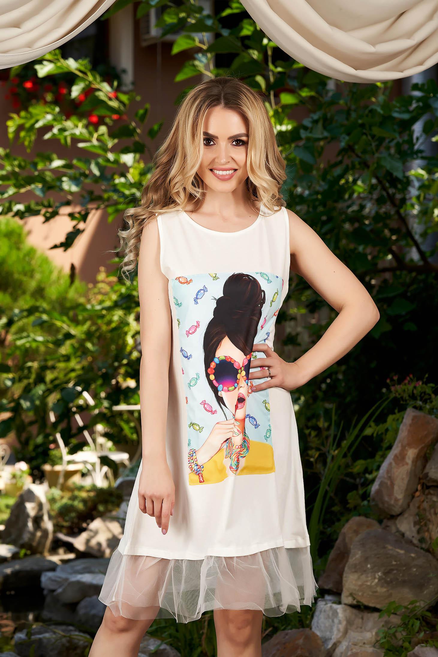 Rochie SunShine alba casual cu croi in a fara maneci cu imprimeuri grafice