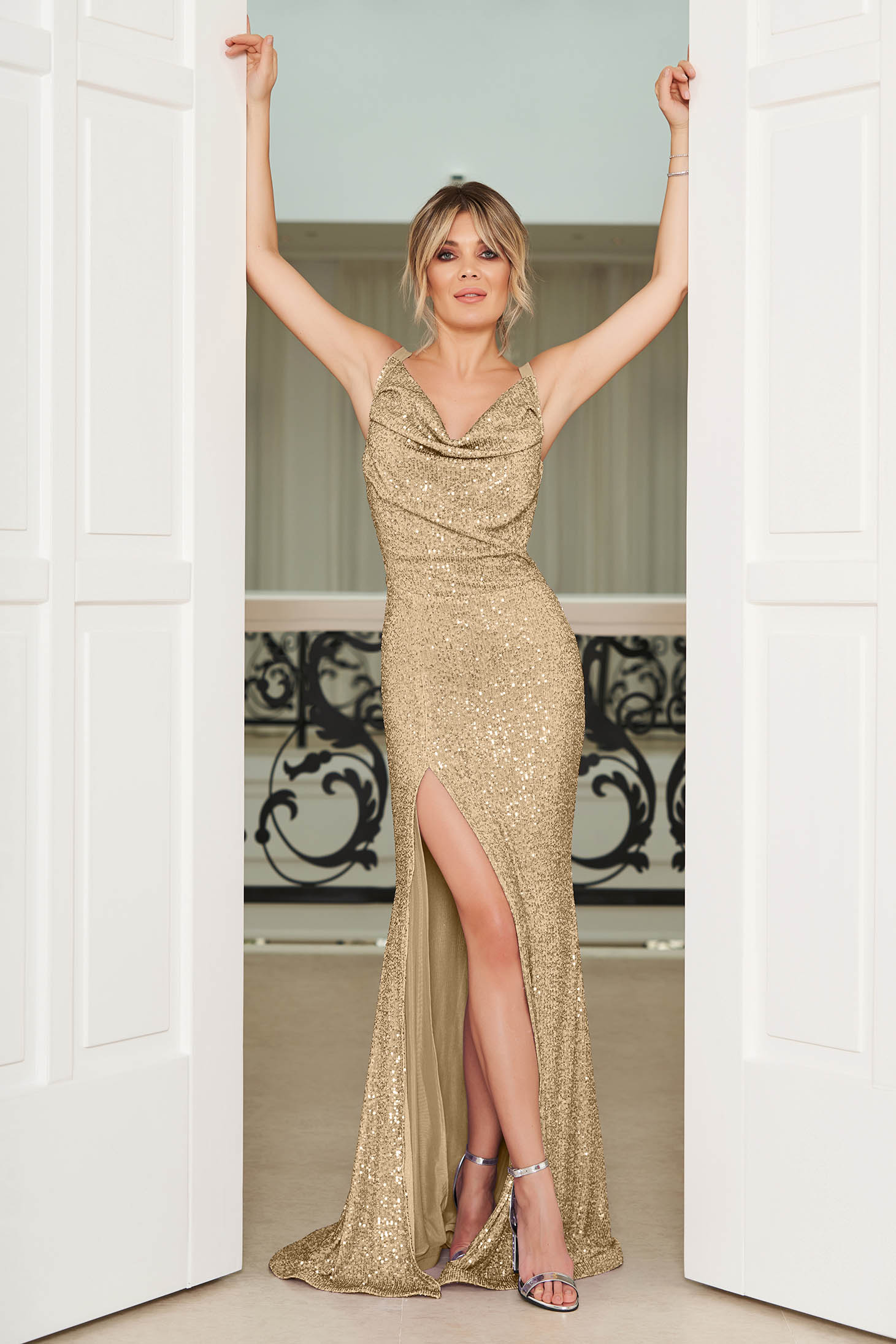 StarShinerS gold occasional mermaid cut dress with tented cut with sequins with a cleavage with braces