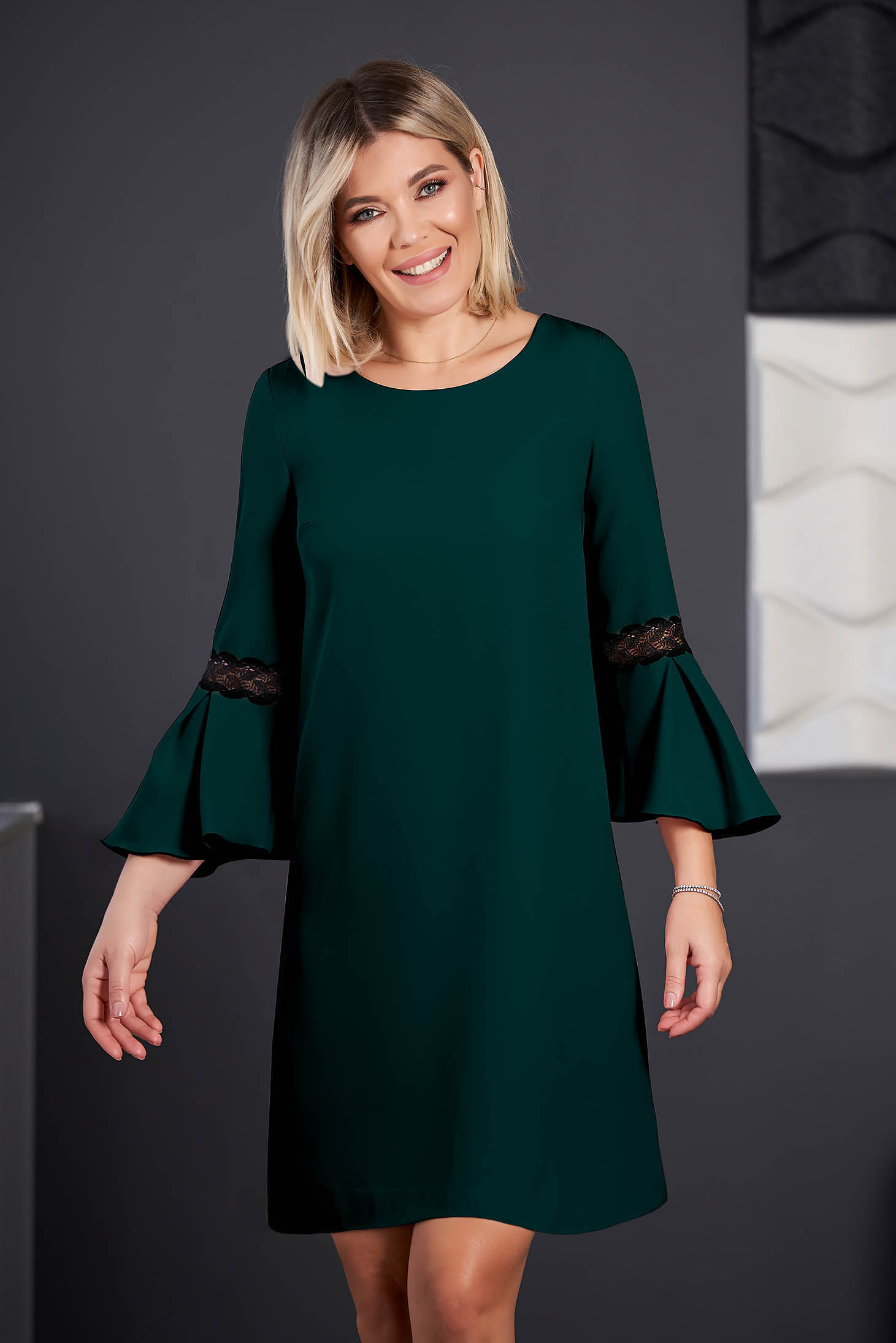 StarShinerS dirty green dress elegant short cut cloth neckline with 3/4 sleeves with bell sleeve with embroidery details