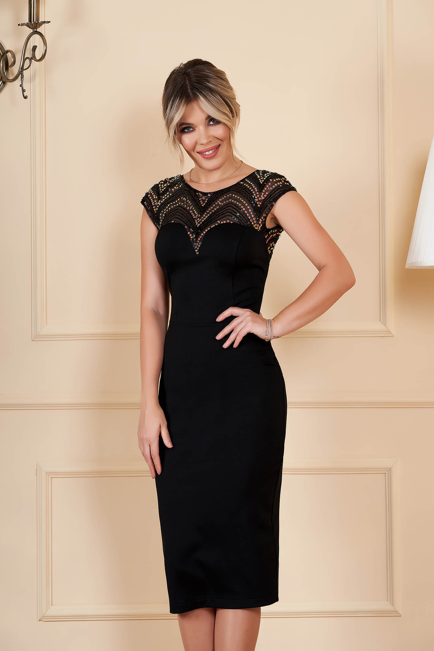 StarShinerS black dress occasional midi pencil v back neckline with sequins with inside lining