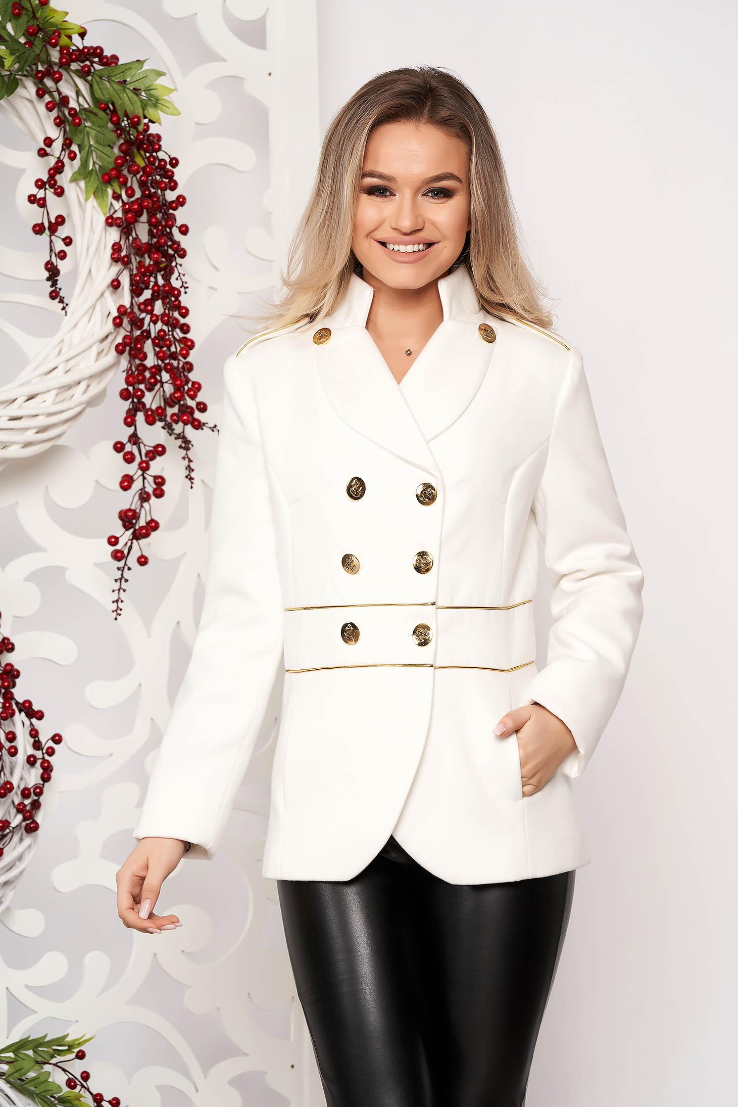 Jacheta LaDonna alba scurta eleganta din material gros cu maneca lunga si inchidere cu nasturi aurii