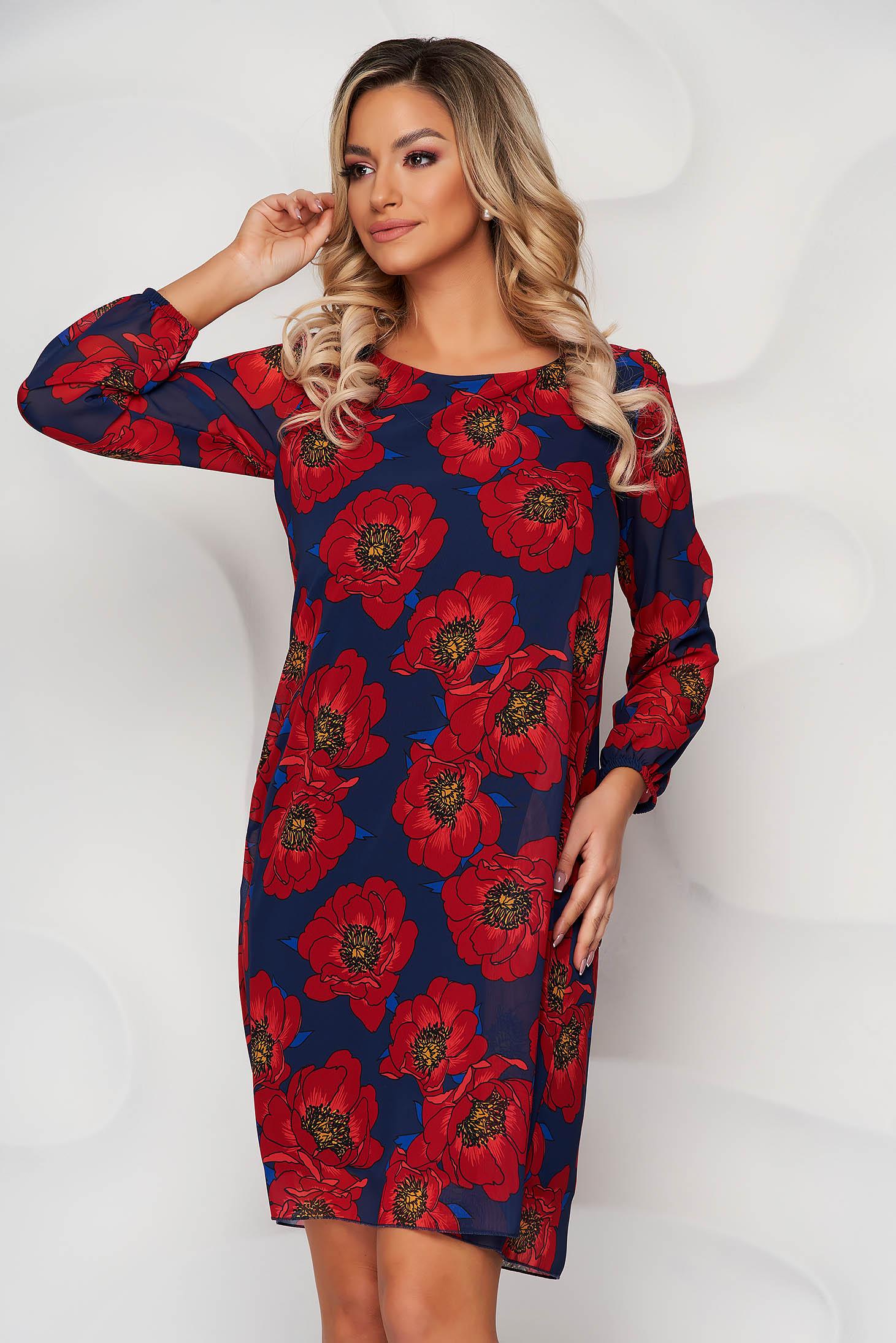 Rochie rosie scurta eleganta cu croi in a cu maneci trei-sferturi decolteu la baza gatului si imprimeu floral
