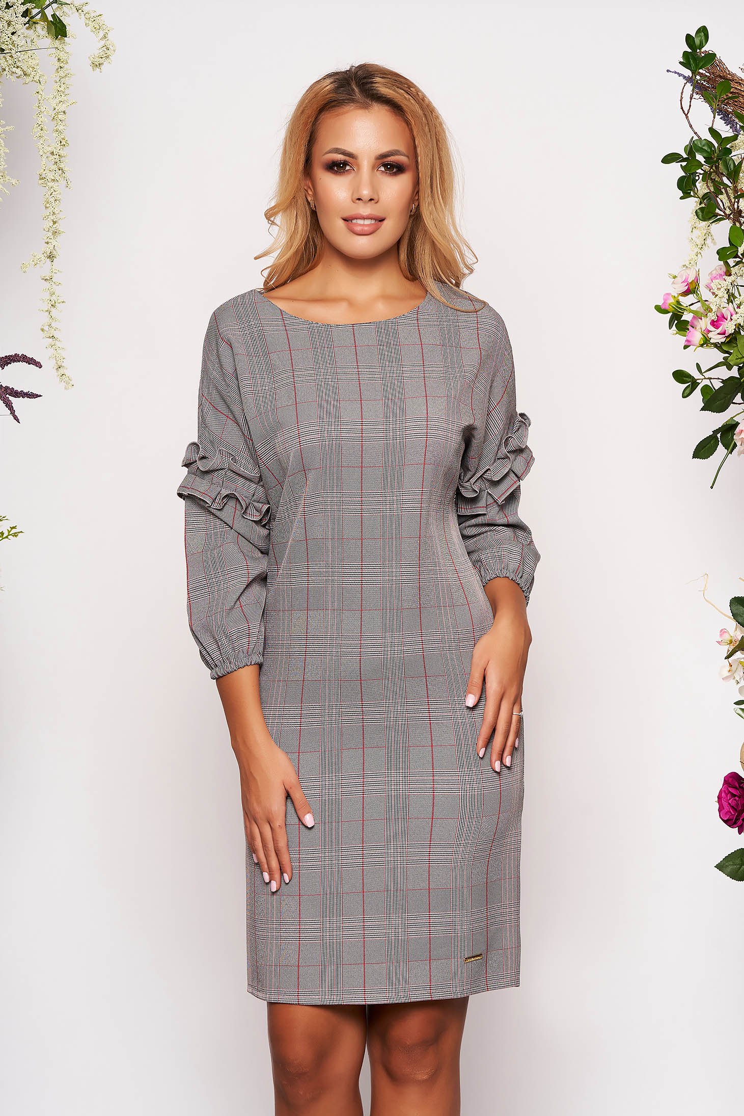 Dress grey short cut elegant straight cloth with chequers with ruffled sleeves