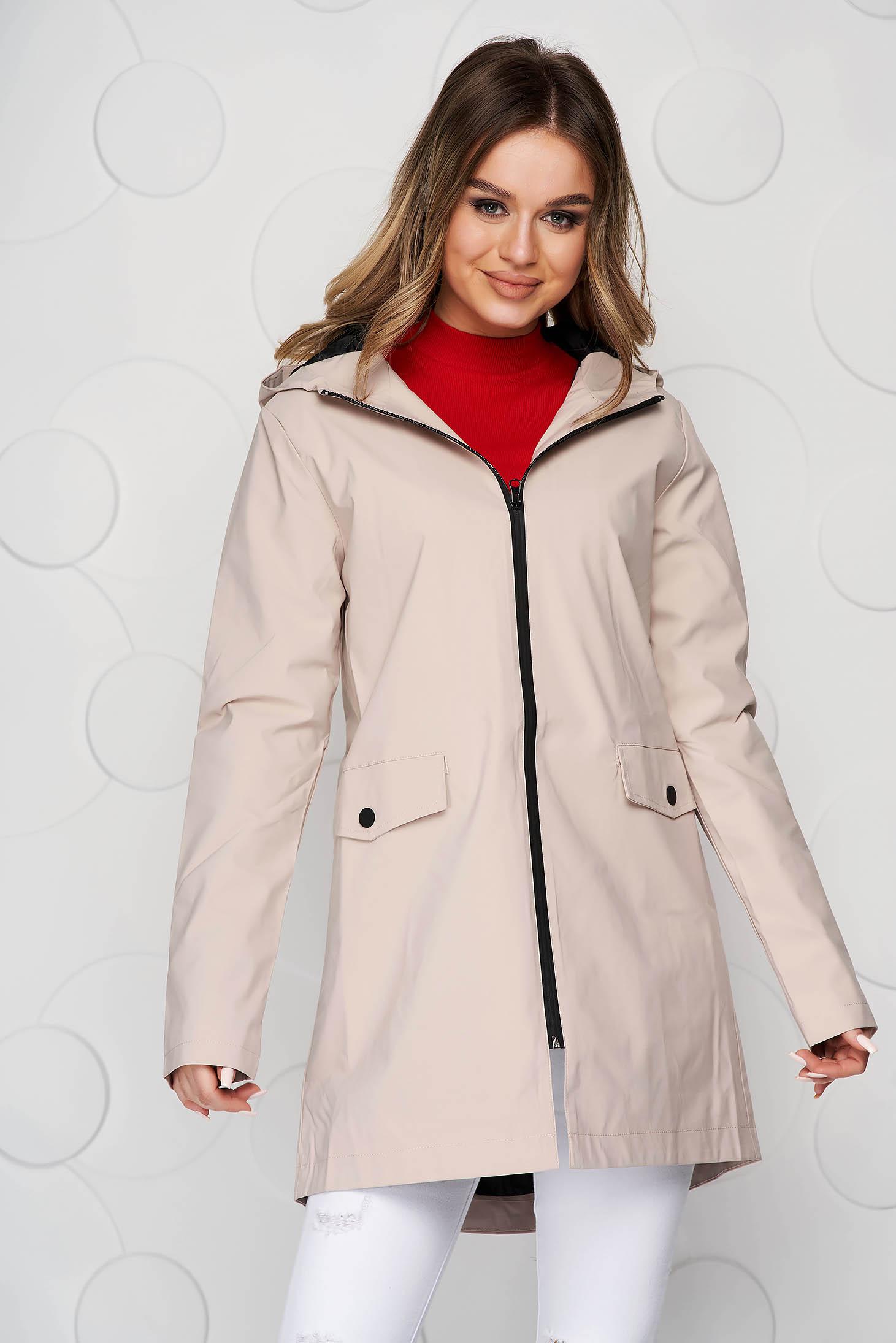Jacheta de ploaie SunShine crem casual scurt captusit pe interior cu maneca lunga si buzunare