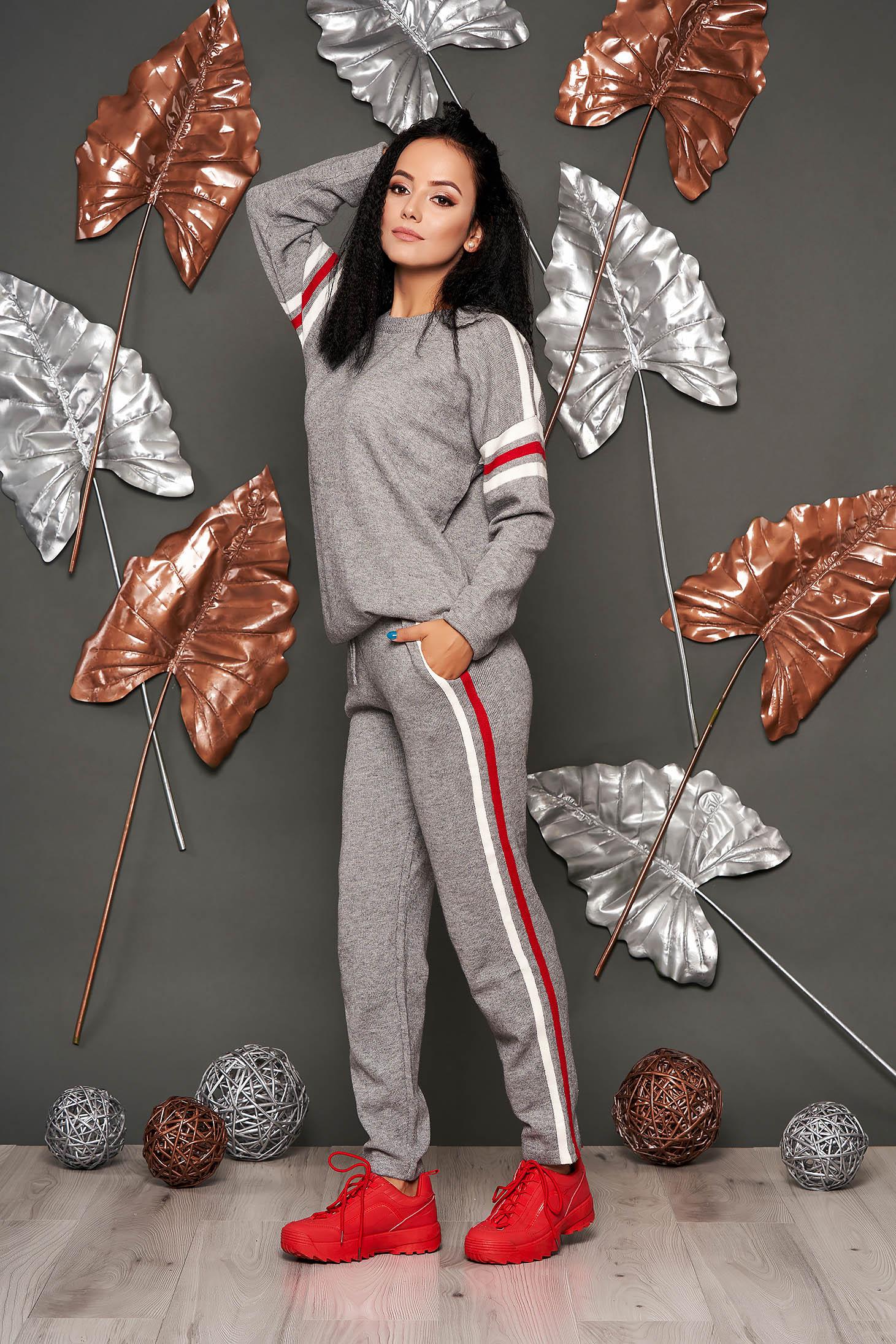 Trening dama SunShine gri casual cu pantaloni din material tricotat