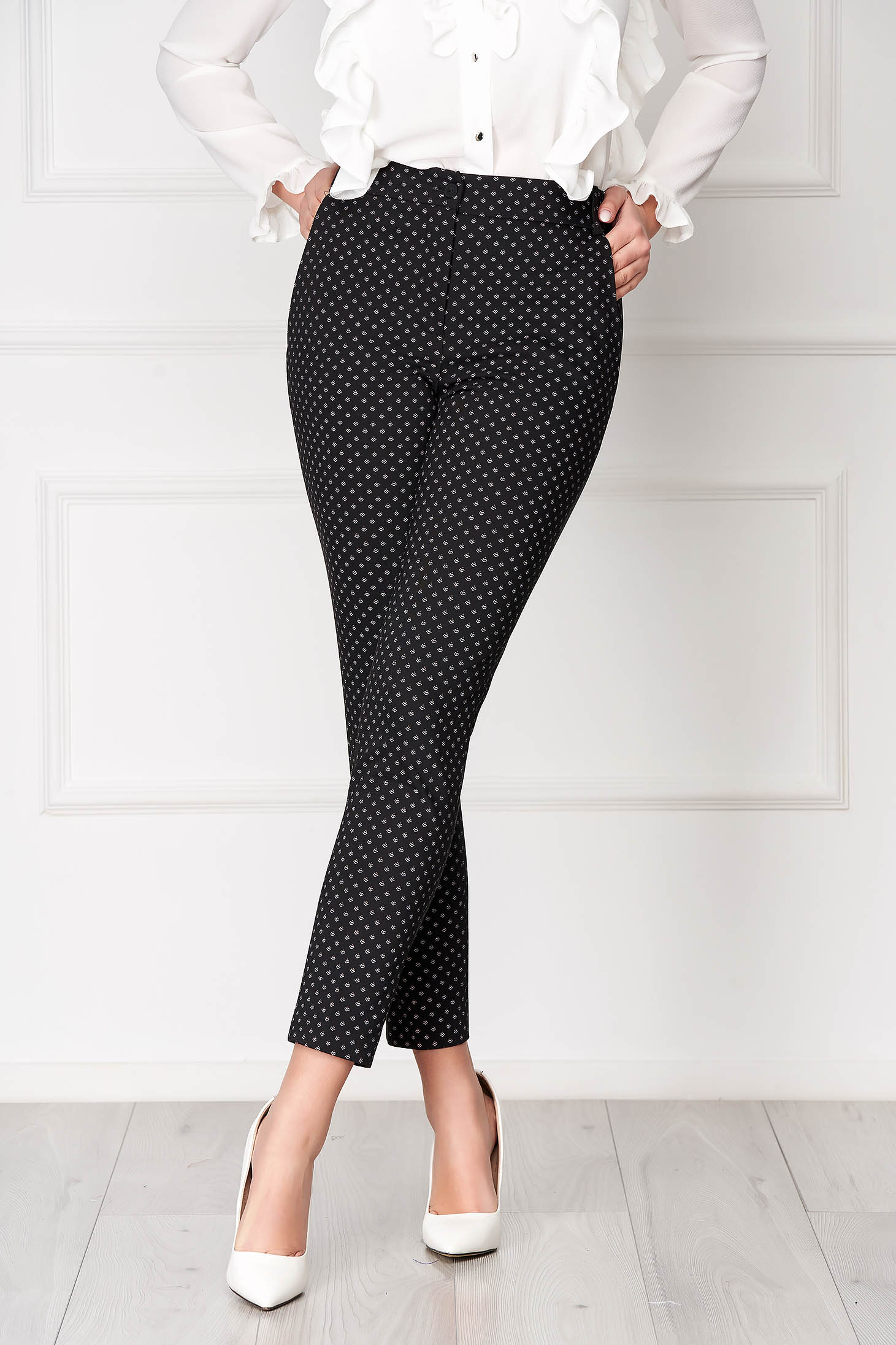 Black trousers elegant conical medium waist cloth thin fabric with front pockets with graphic details
