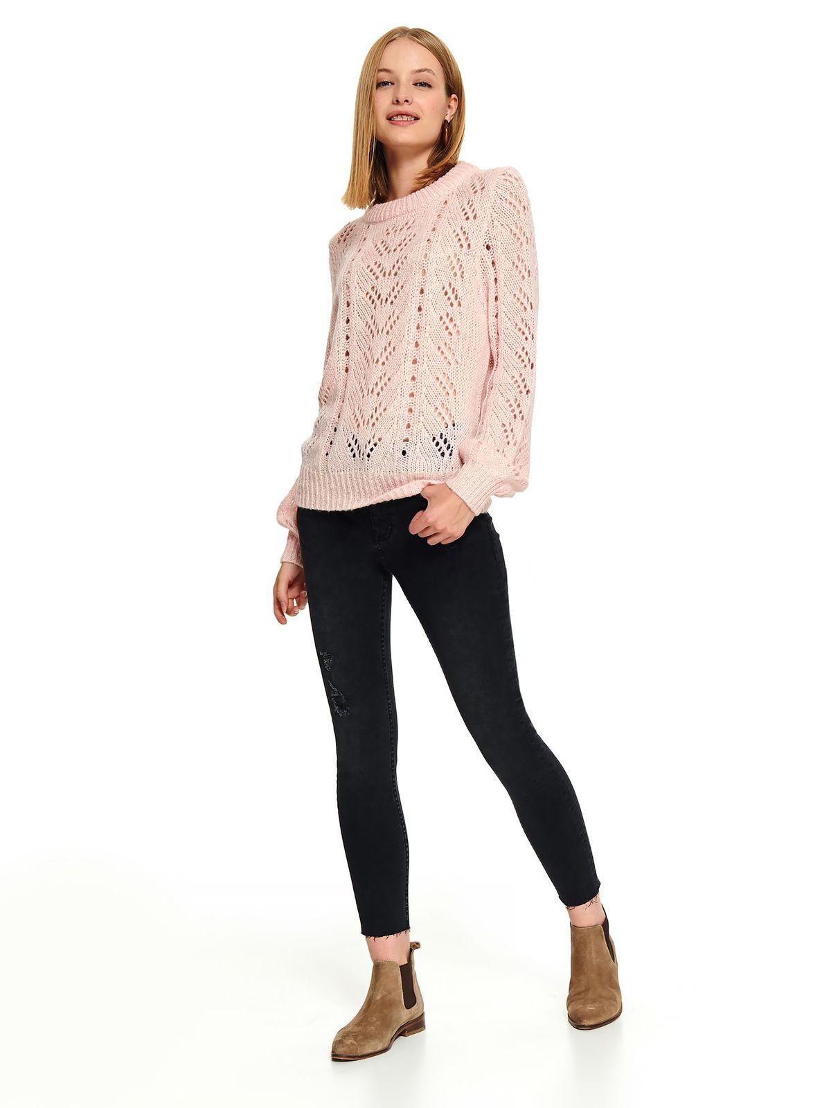 Pulover Top Secret roz scurt casual din material tricotat cu croi larg si decolteu rotunjit