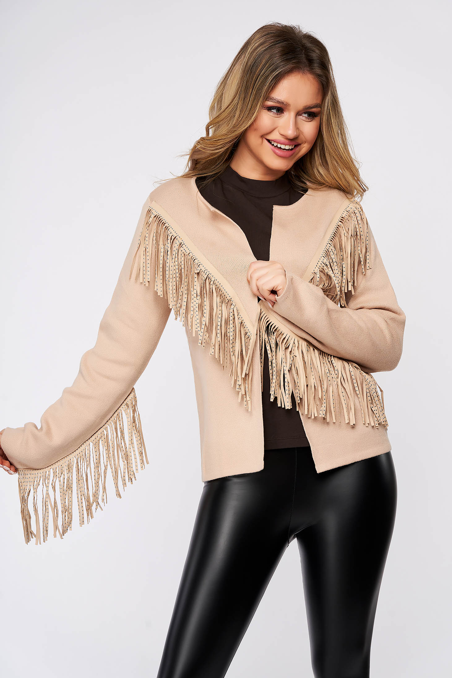 Cream cardigan casual long sleeved with easy cut thick fabric with fringes