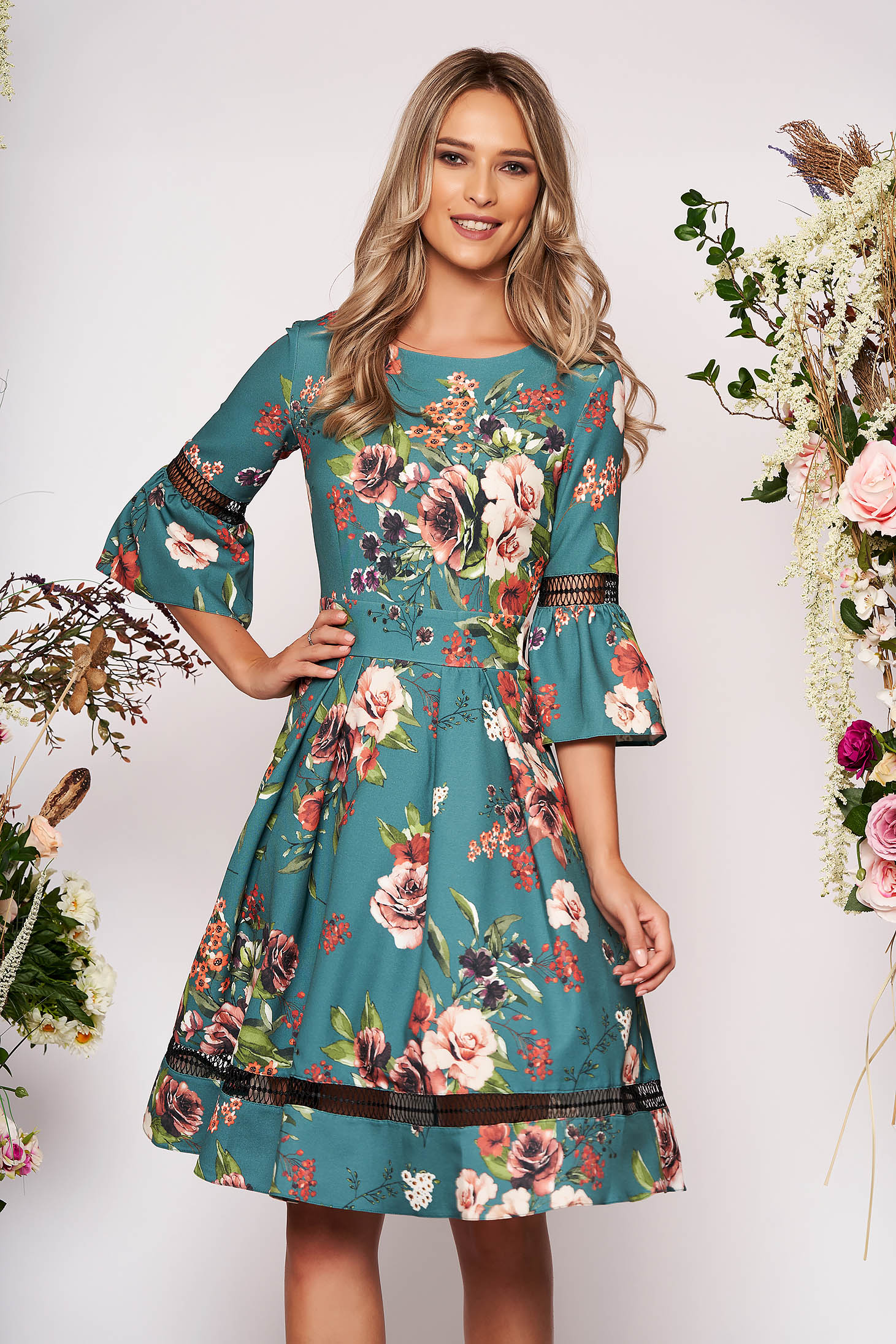 Green dress occasional cloche with floral print bell sleeves neckline