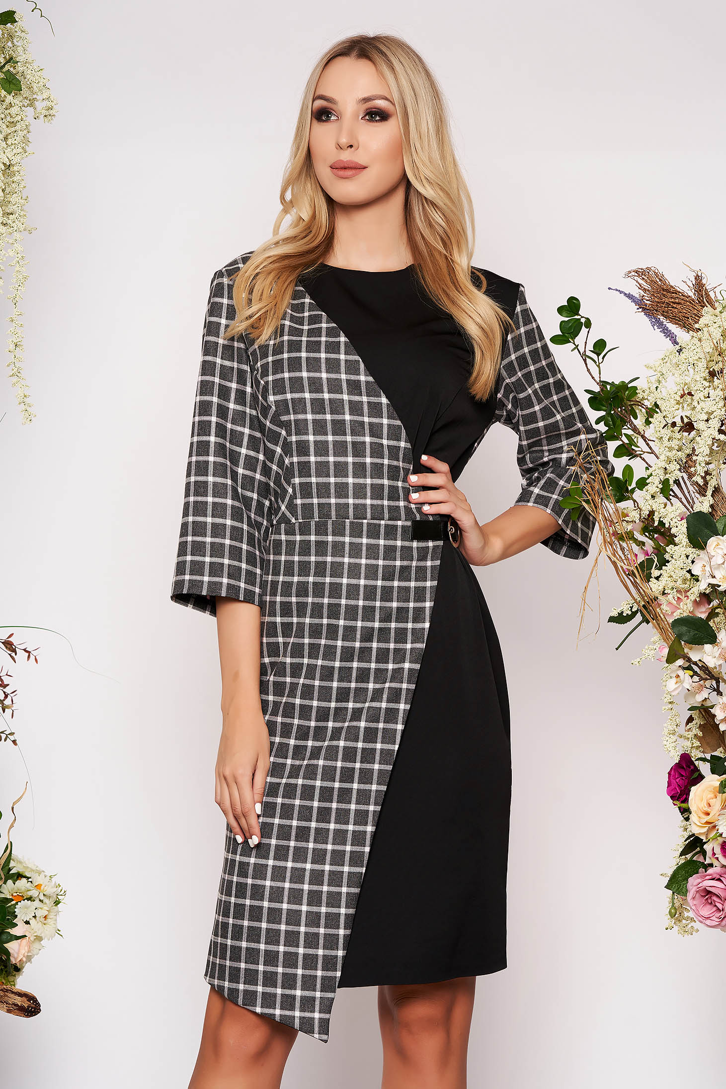 Black dress elegant midi pencil neckline with 3/4 sleeves without clothing with chequers