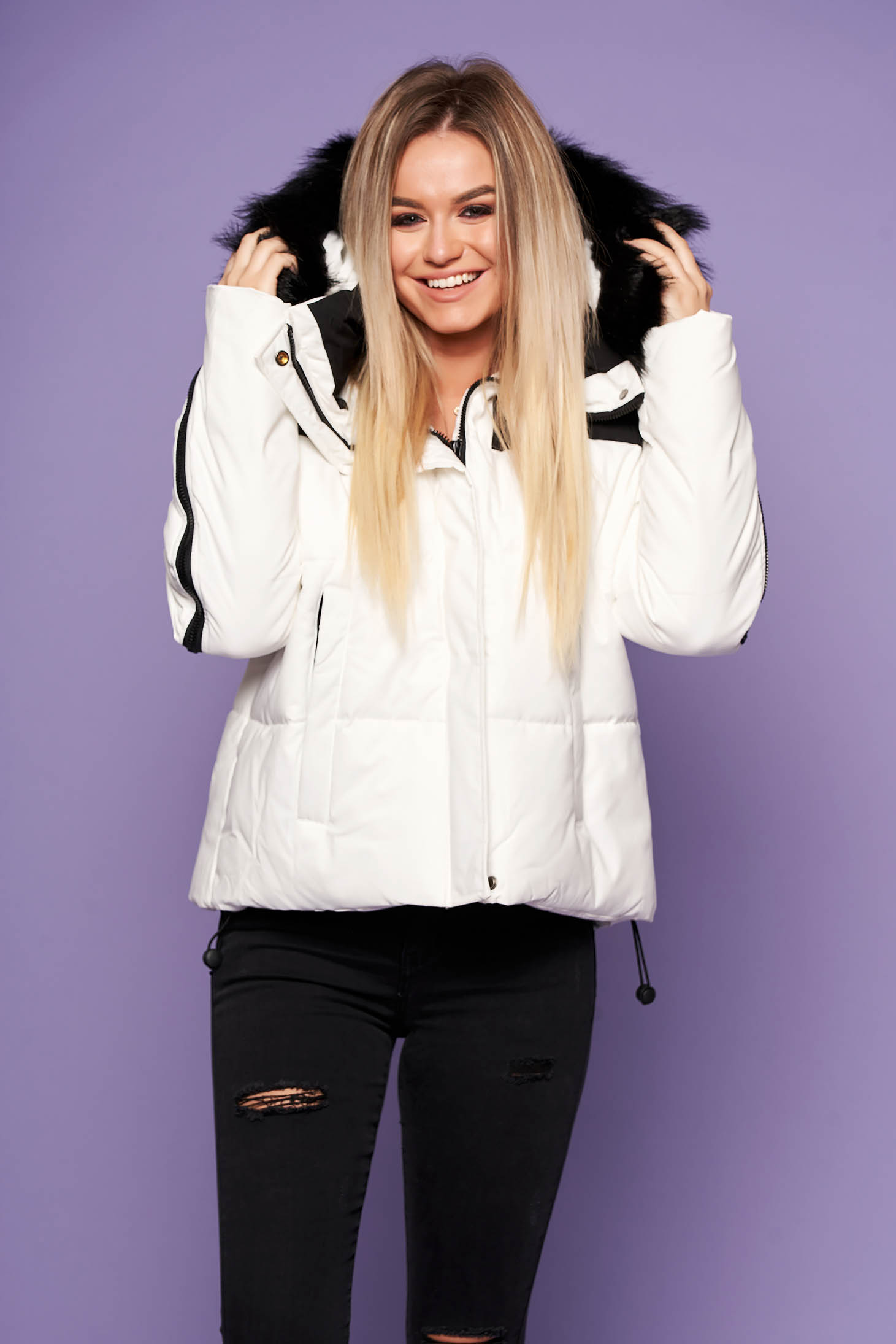 White oversized casual jacket with easy cut with undetachable hood with faux fur details