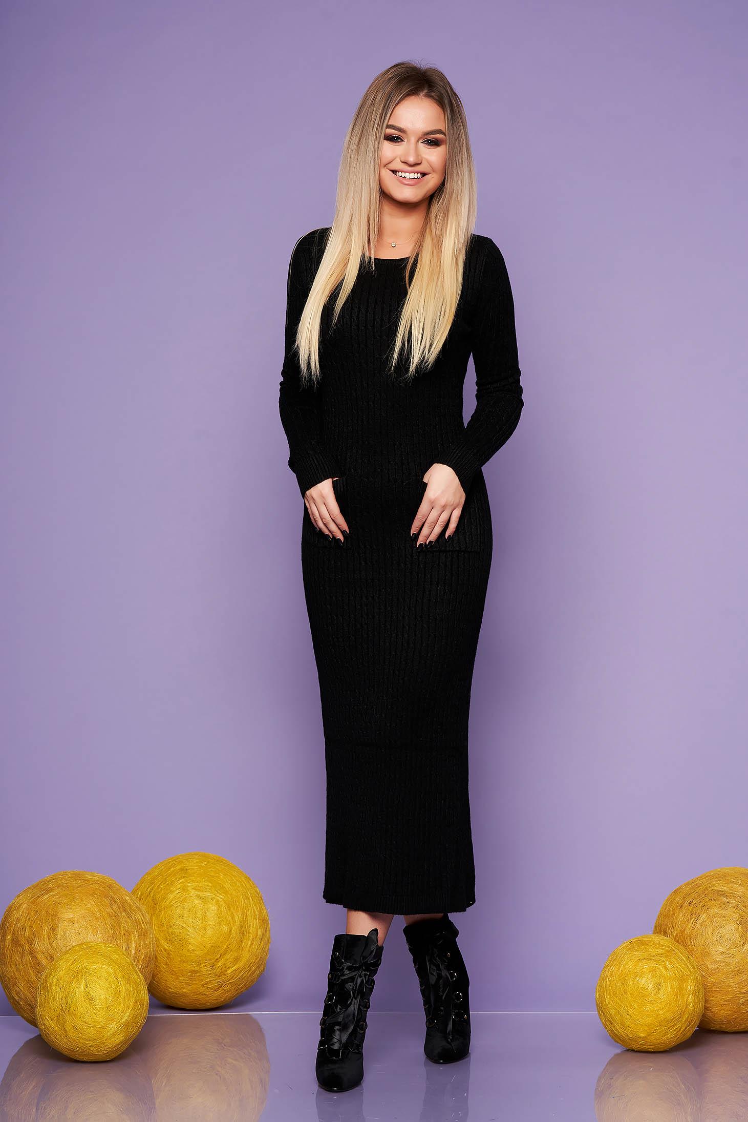 Rochie SunShine neagra de zi din material tricotat lunga cu un croi mulat