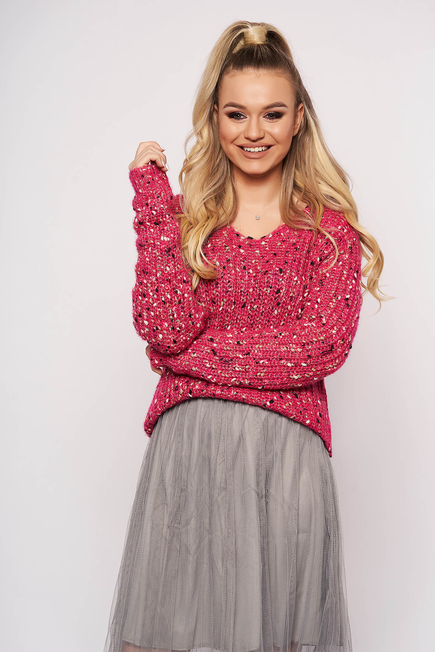Pink sweater casual long sleeved with v-neckline knitted fabric