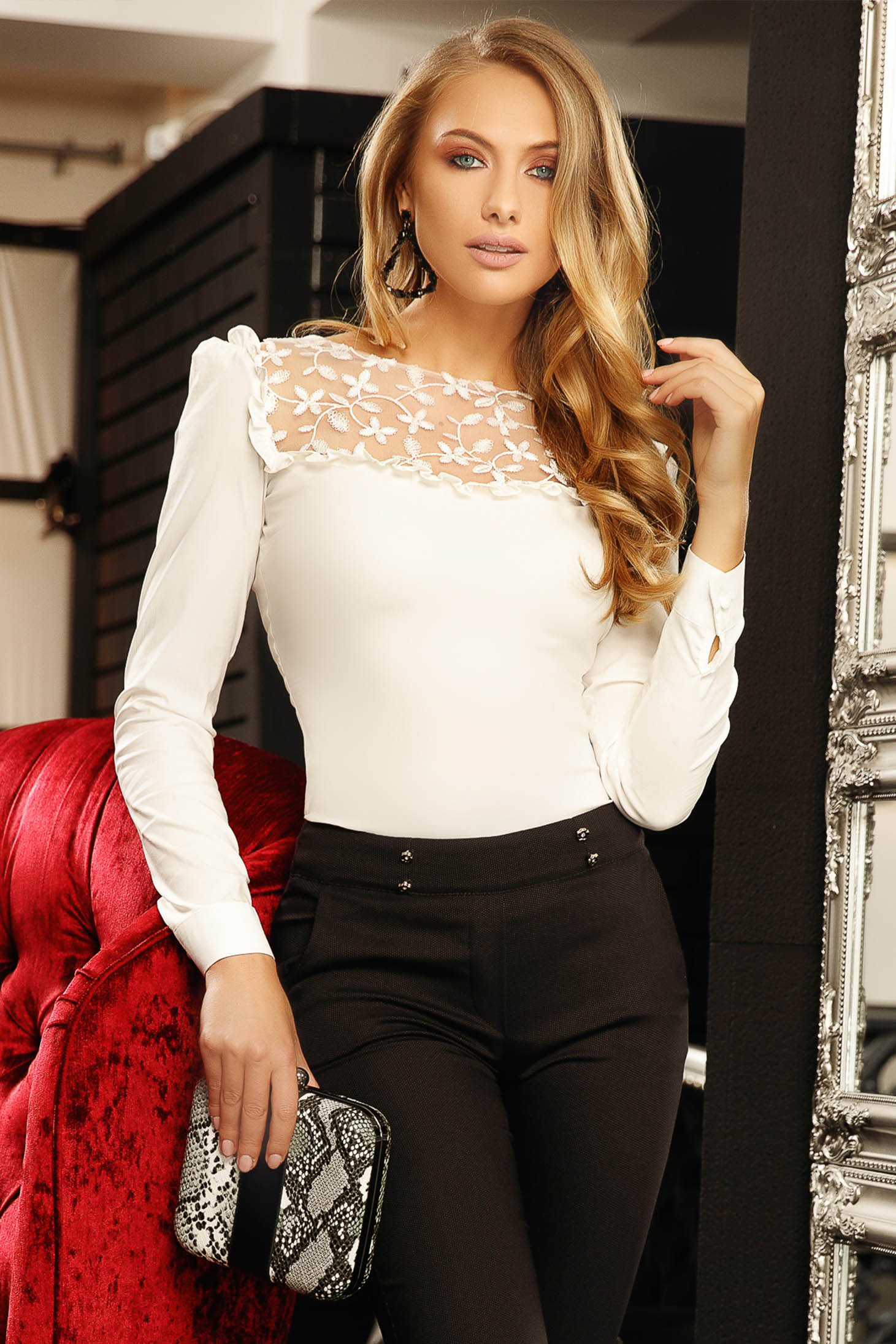 Ivory elegant women`s shirt with tented cut elastic cotton with lace details