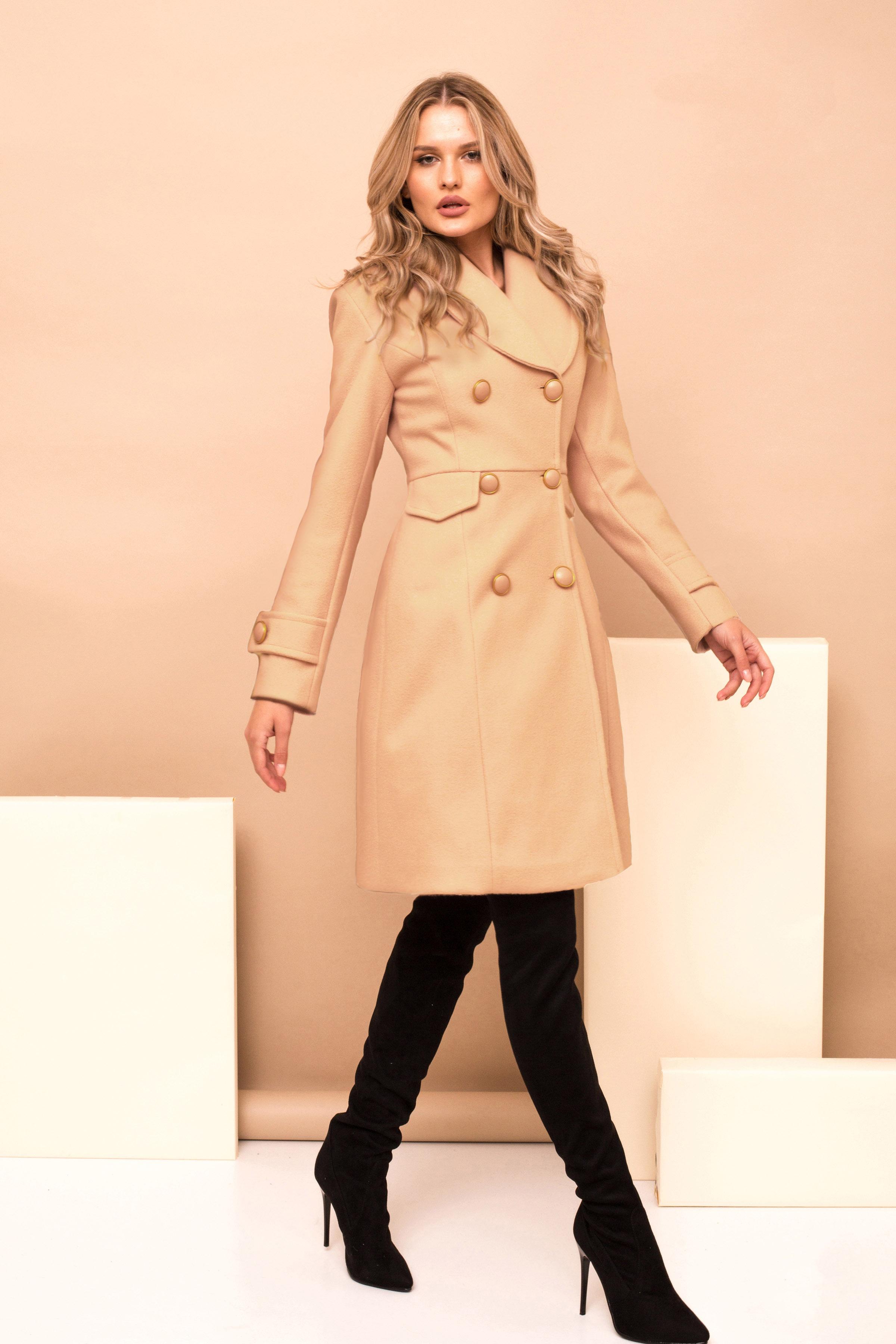 Palton PrettyGirl crem cu un croi drept casual din stofa captusit pe interior