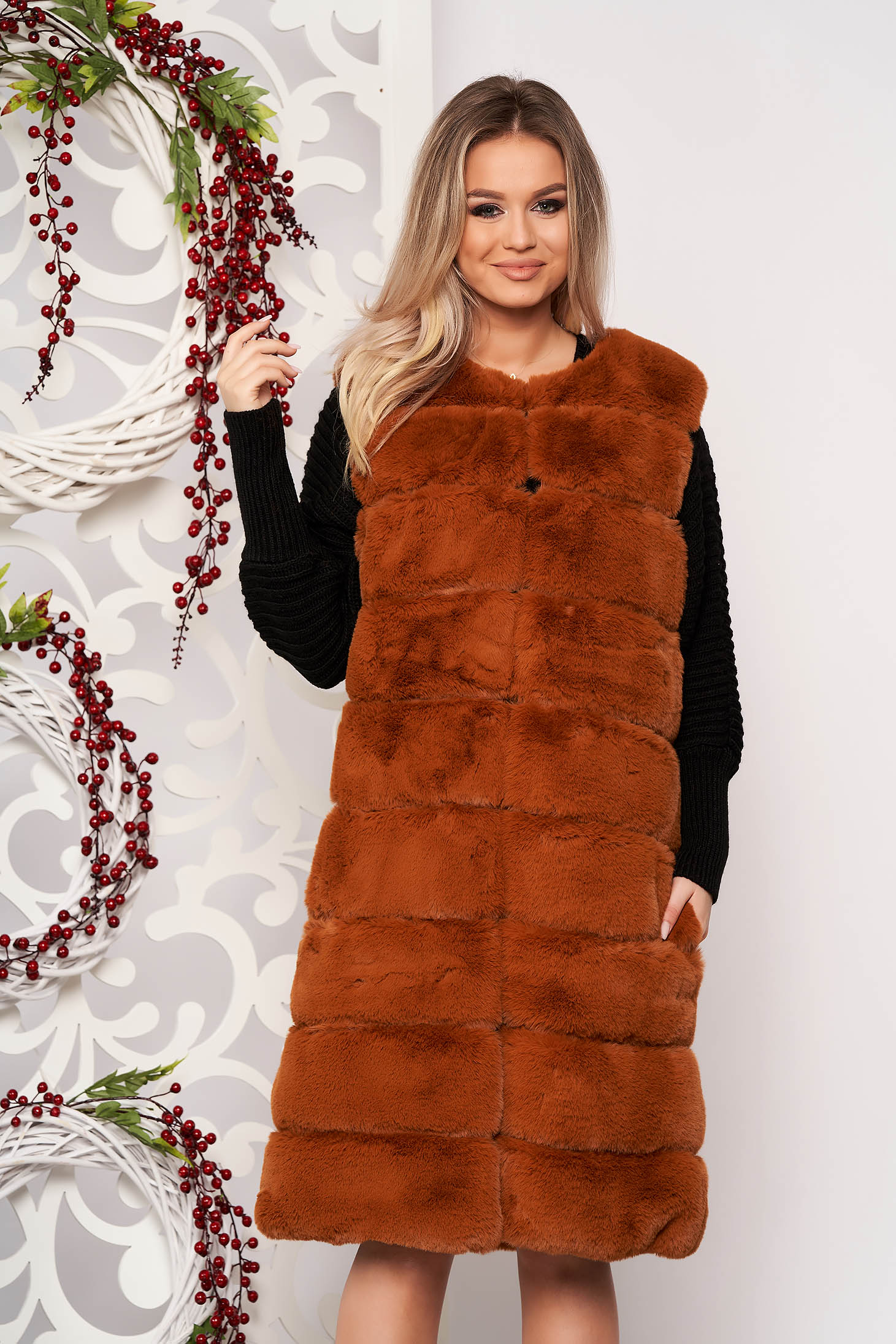 Gilet brown elegant from ecological fur with pockets with inside lining sleeveless