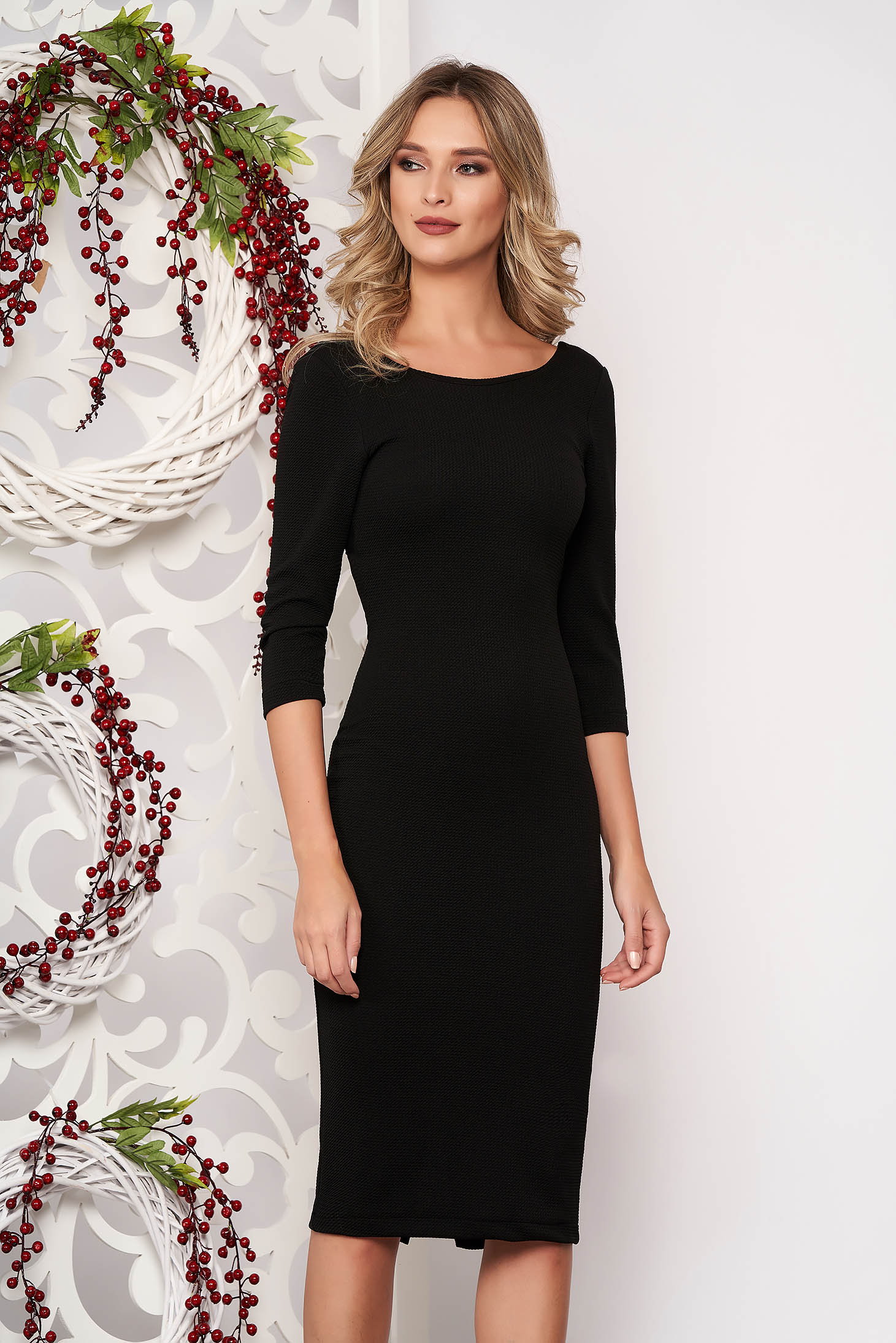 Dress StarShinerS black back zipper fastening with 3/4 sleeves slightly elastic fabric pencil midi