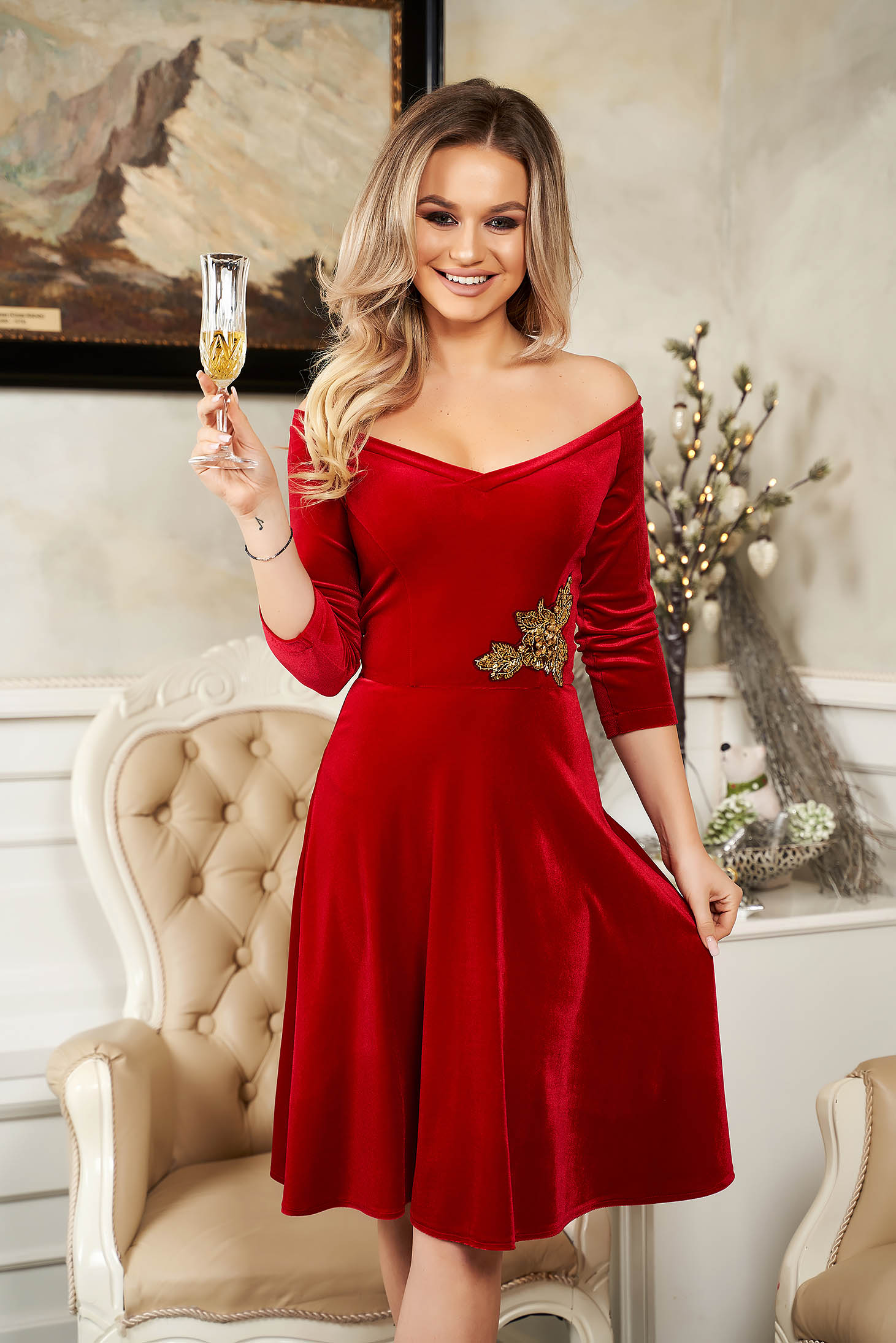 StarShinerS red dress from velvet flaring cut naked shoulders occasional with sequin embellished details