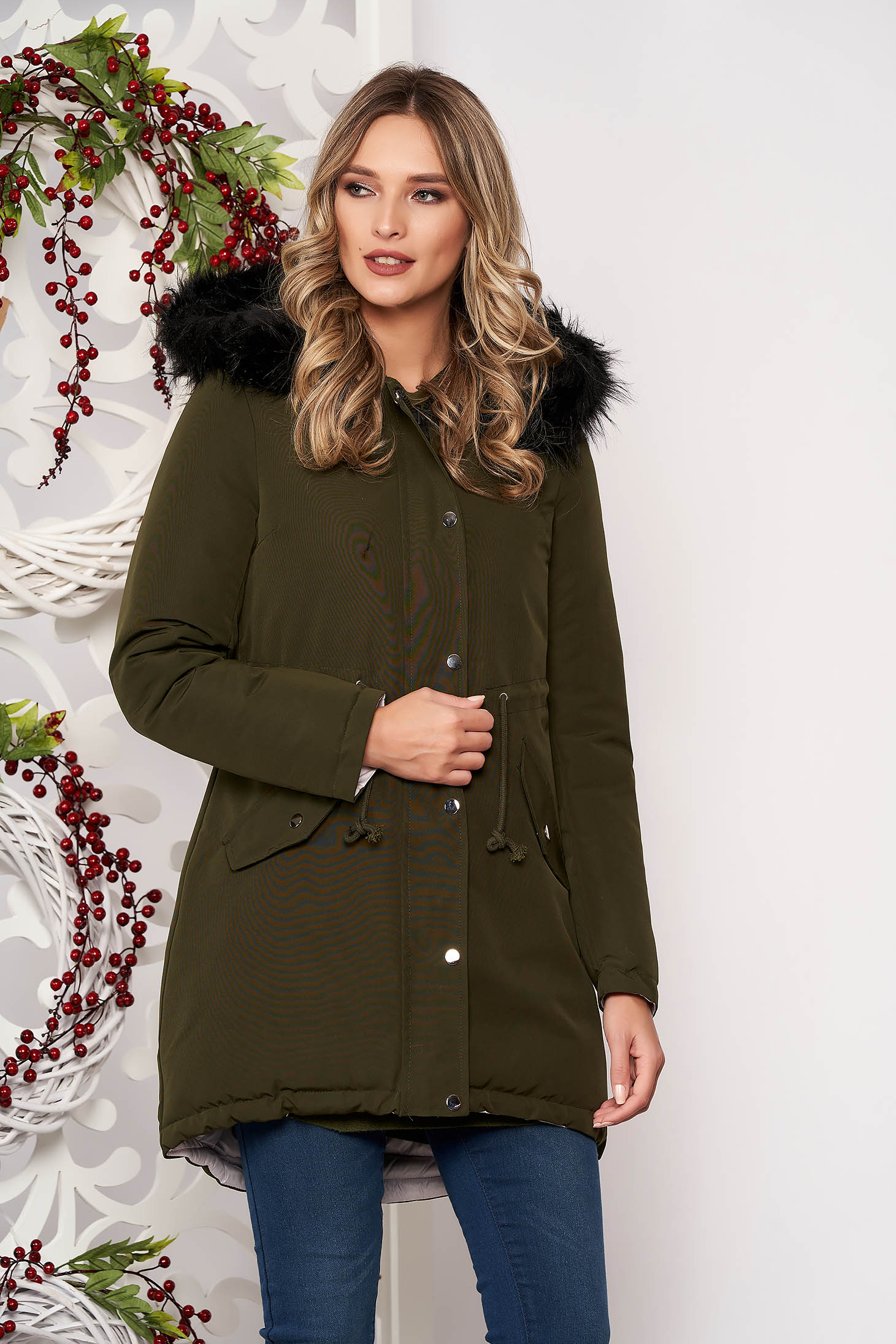 Jacket khaki casual with easy cut with undetachable hood with faux fur accessory is fastened around the waist with a ribbon with inside lining double-faced