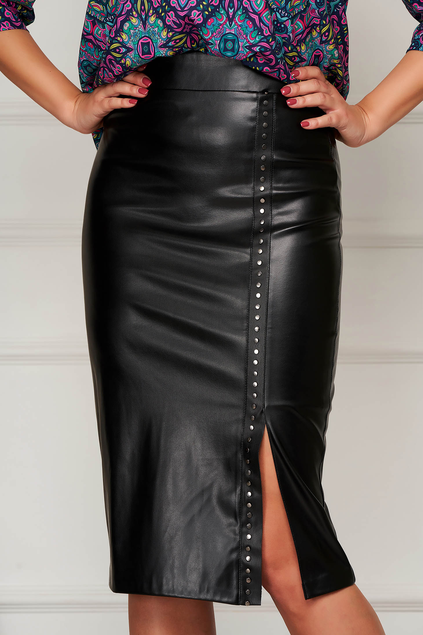 Skirt black pencil midi elegant from ecological leather golden metallic details high waisted