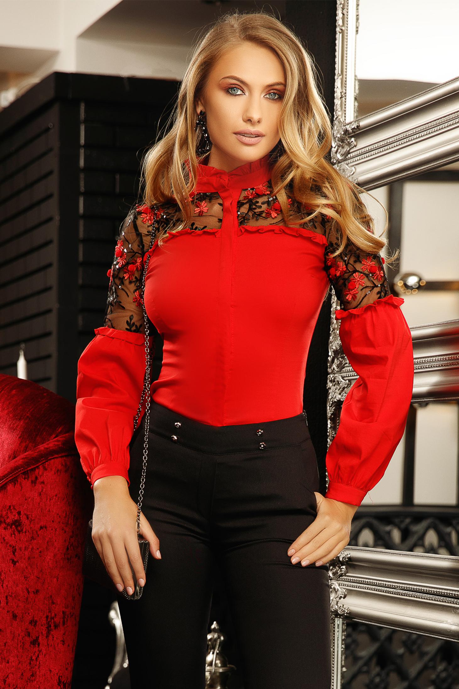Piros elegáns szűk szabású rövid pamutból készült galléros női ing tűl kiegészítővel virágos hímzéssel