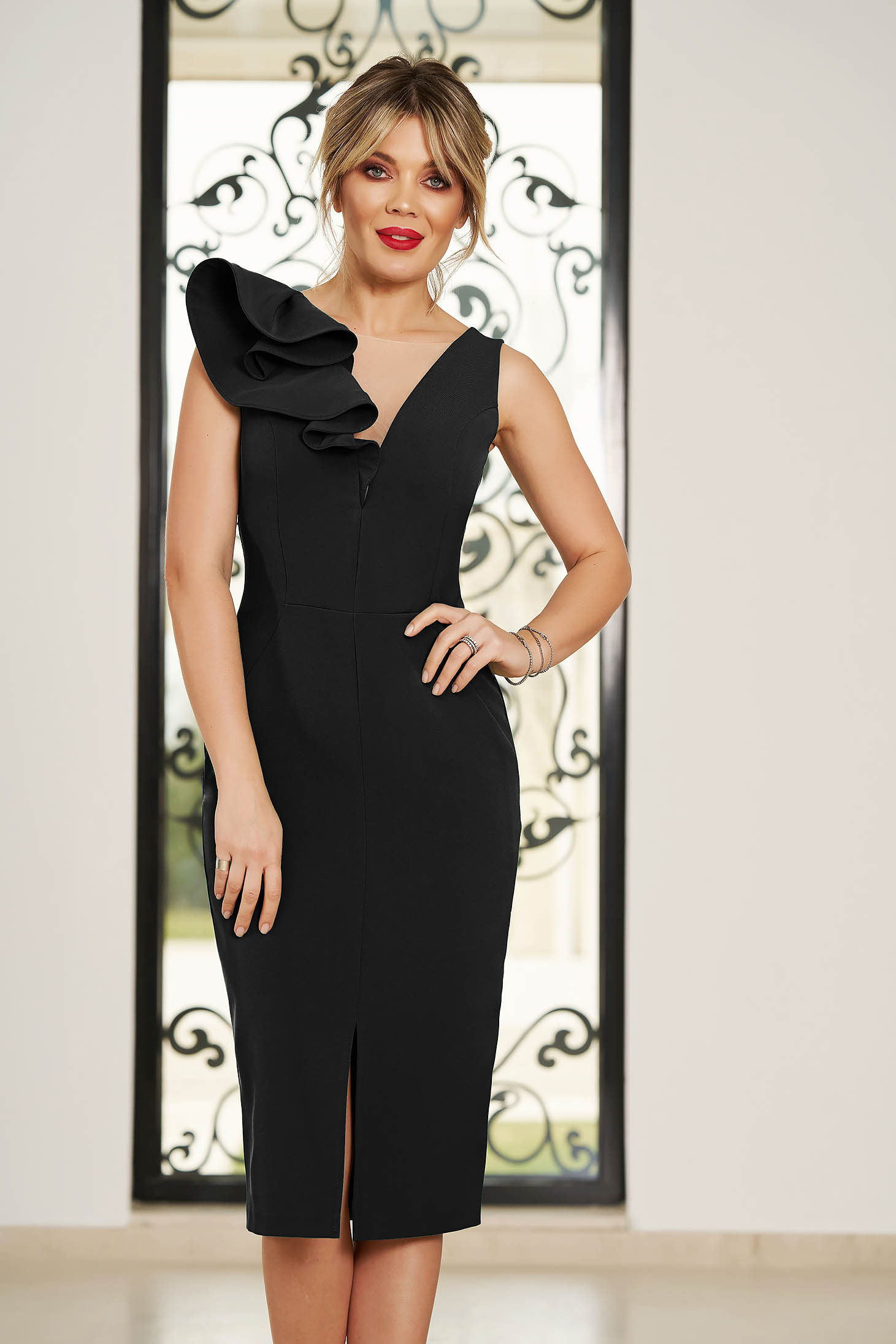 StarShinerS black occasional dress with v-neckline with tented cut slightly elastic fabric with ruffle details
